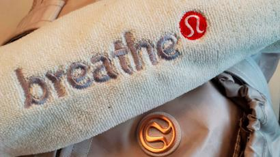 lululemon, yoga, resale, athleisure