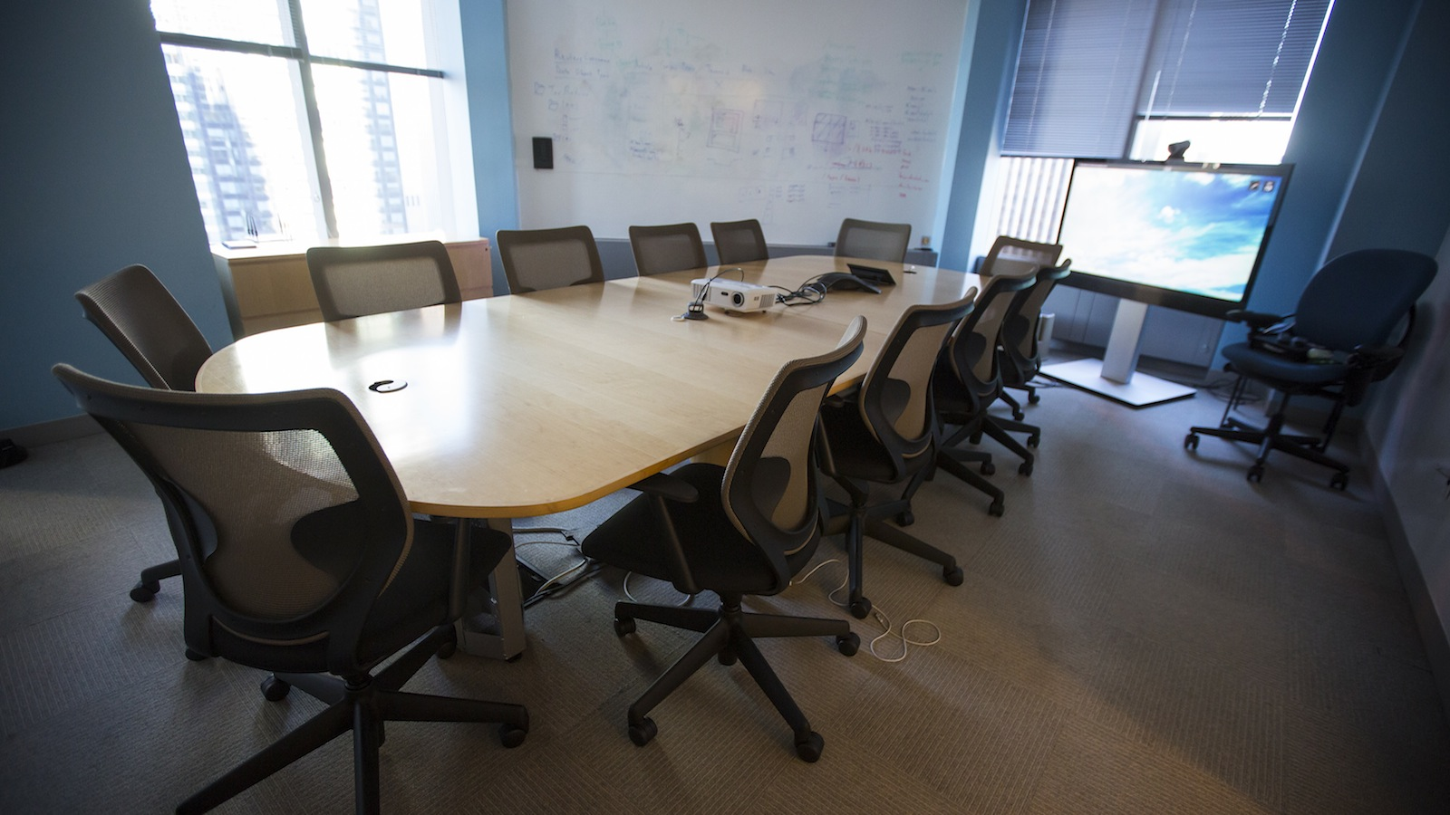 A conference room in the offices of Thomson Reuters in New York, December 13, 2013. REUTERS/Eric Thayer