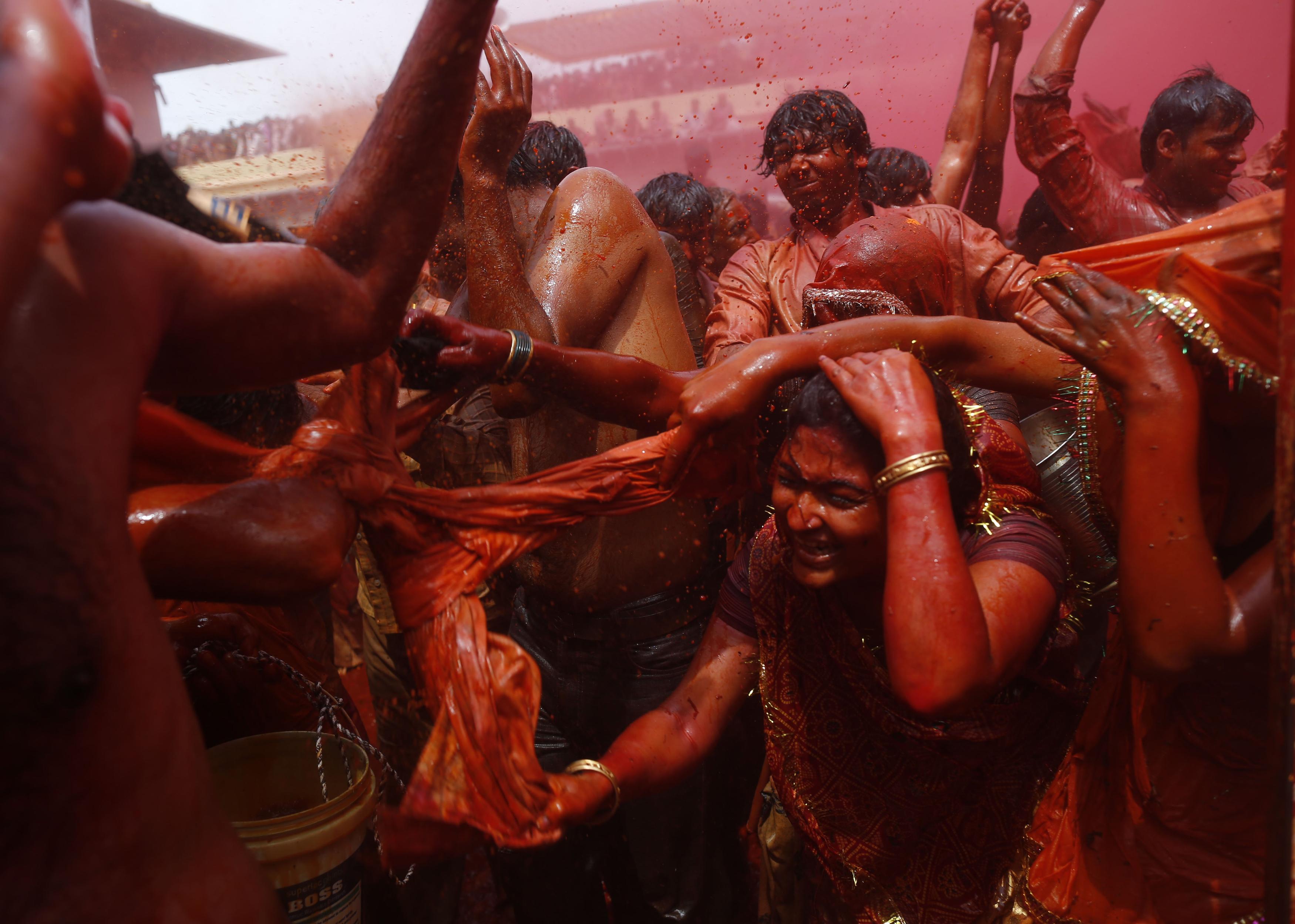 India-Holi-Mathura