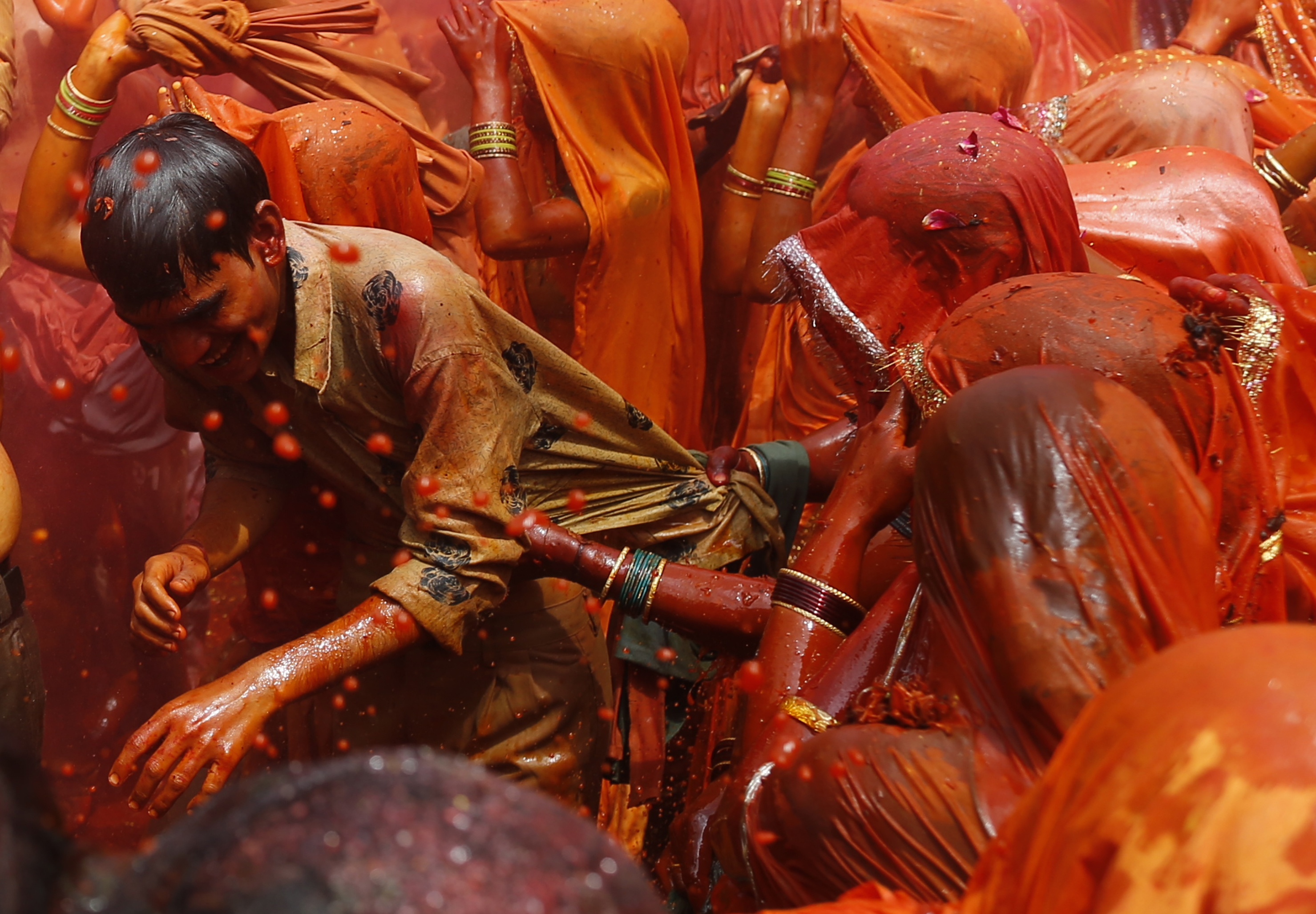 India-Holi-colours