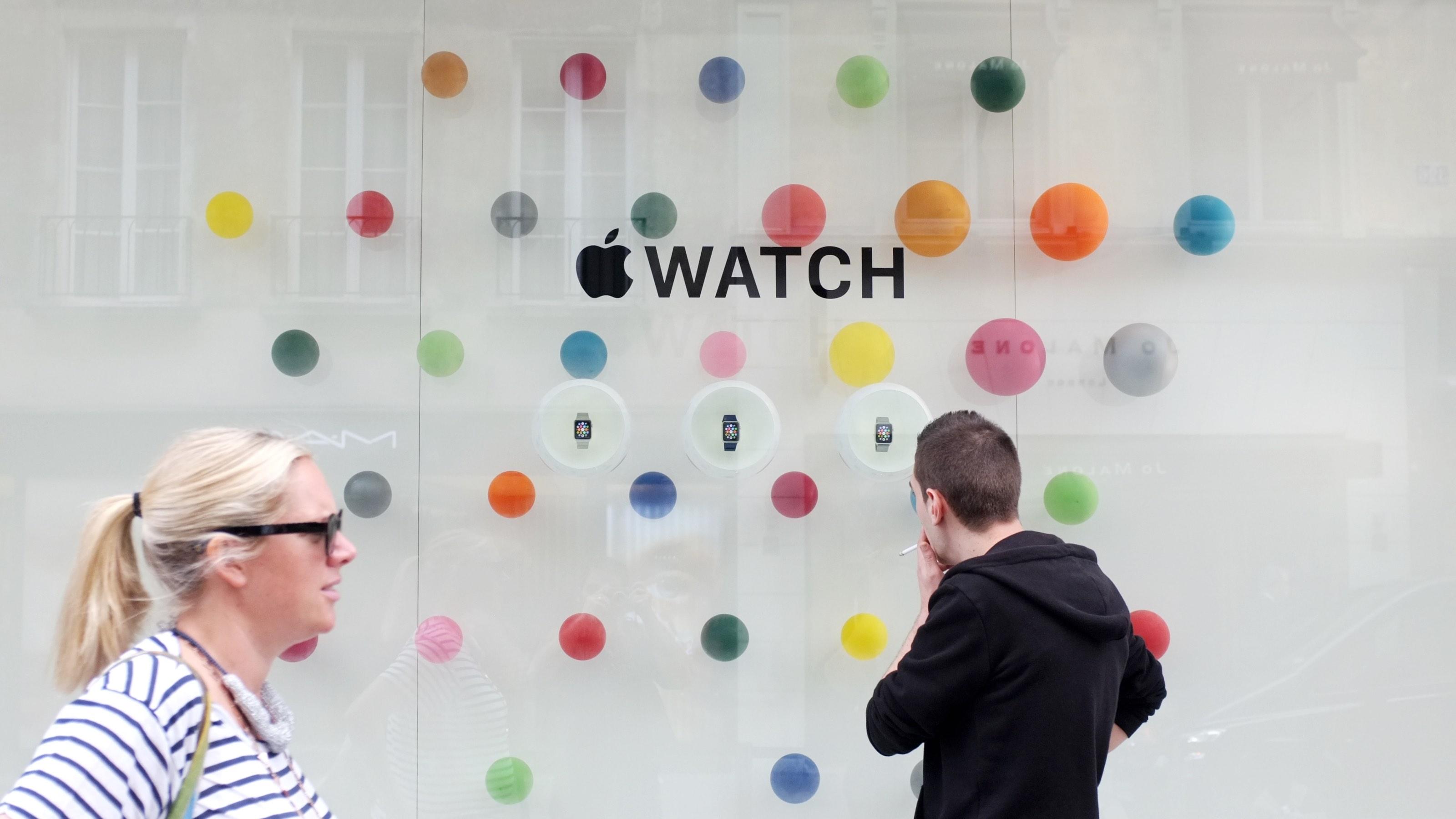 Apple Watch window Colette Paris