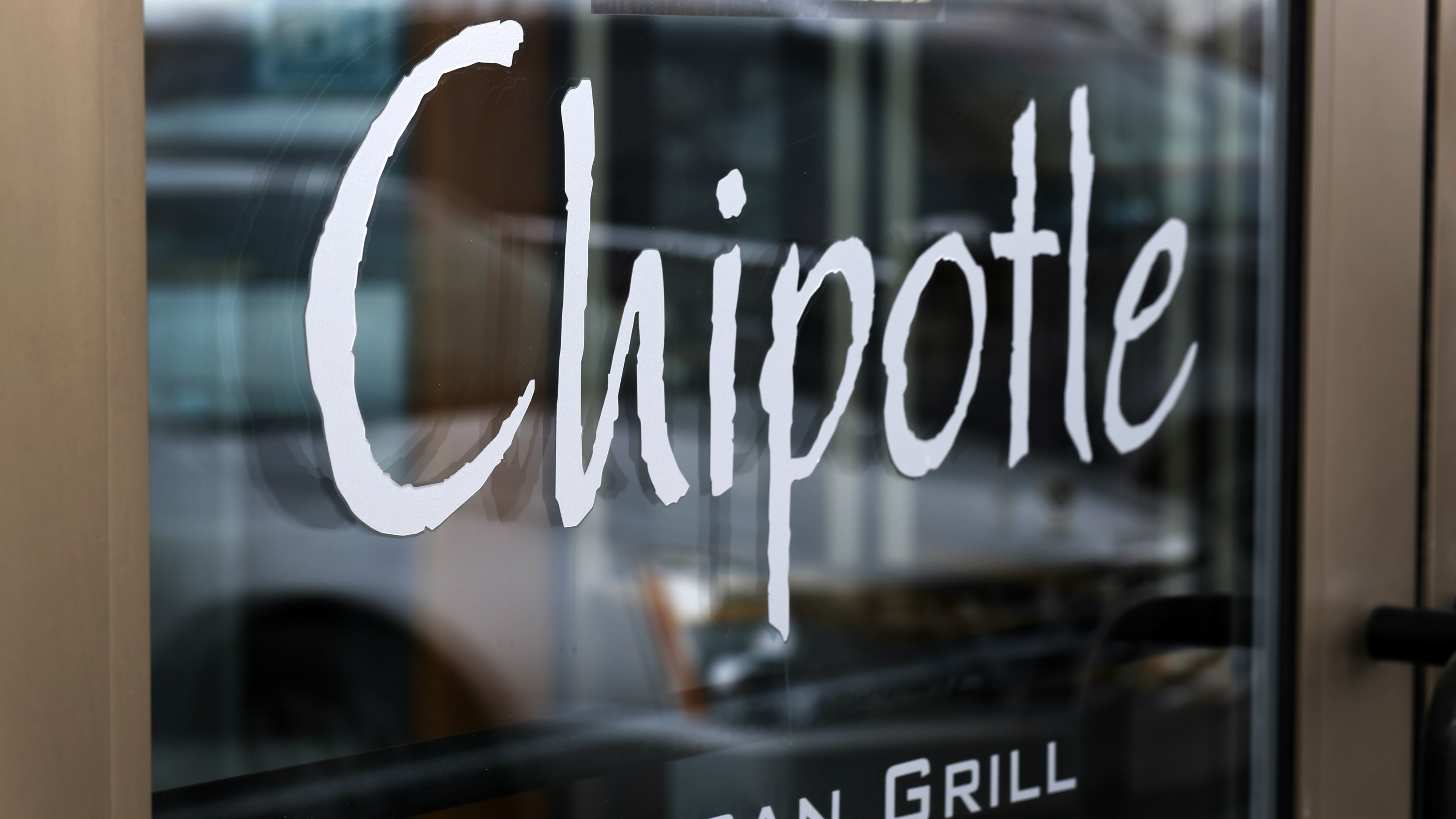 chipotle-delivery-burritos 2
