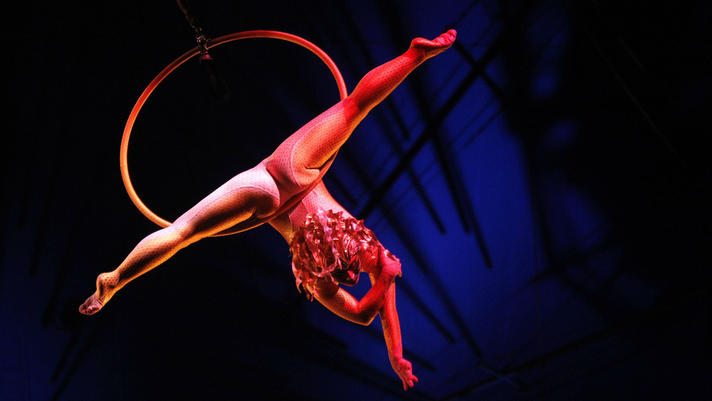 Cirque du Soleil sells a majority stake to investors including Fosun, a Chinese conglomerate.
