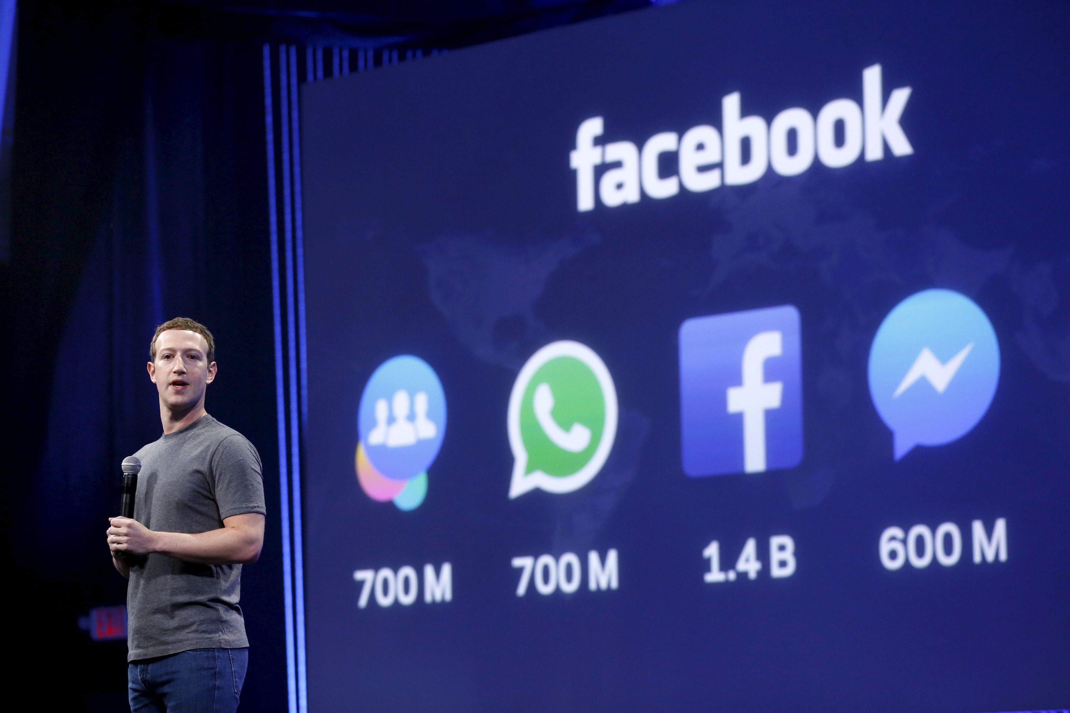 Facebook CEO Mark Zuckerberg speaks during his keynote address at Facebook F8 in San Francisco, California March 25, 2015. REUTERS/Robert Galbraith - RTR4UUTV