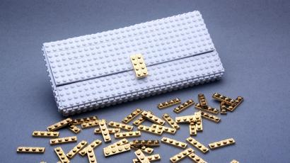 84295ac770 A couple in Poland is making $300 handbags out of gold-plated Legos ...