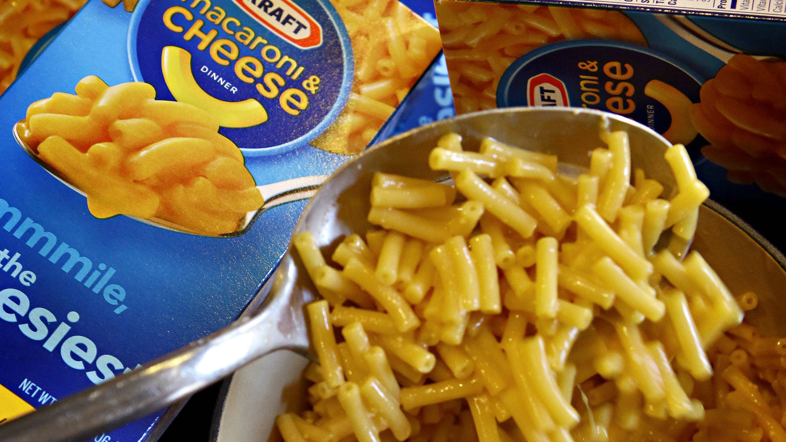 Kraft Removing Artificial Dyes, Preservatives from Macaroni and Cheese foto