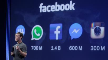 CEO Mark Zuckerberg gives the keynote address during the Facebook F8 Developer Conference Wednesday, March 25, 2015, in San Francisco. Facebook is trying to mold its Messenger app into a more versatile communications channel as smartphones create new ways for people to connect with friends and businesses beyond the walls of the company's ubiquitous social network. (AP Photo/Eric Risberg)