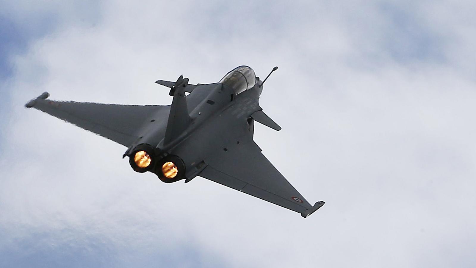 Rafale-Dassault-Narendra Modi=Manohar Parikkar