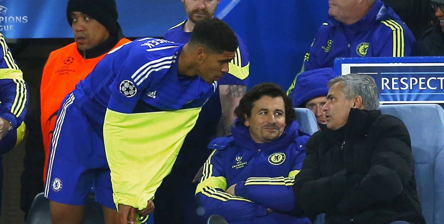 Chelsea's Ruben Loftus-Cheek (L) talks to manager Jose Mourinho (R) before coming on as a substitute in his first team debut during their Champions League soccer match against Sporting at Stamford Bridge in London December 10, 2014. REUTERS/Eddie Keogh      (BRITAIN - Tags: SPORT SOCCER) - RTR4HIVB