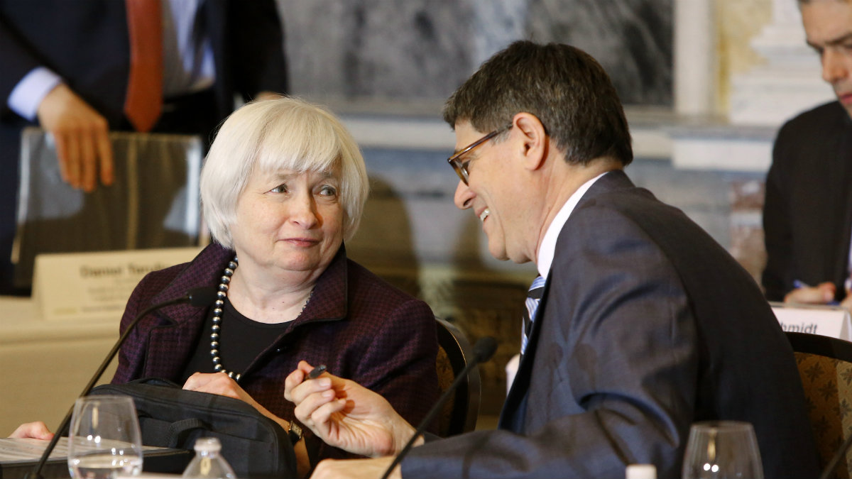 U.S. Treasury Secretary Jack Lew (R) and Federal Reserve Board Chair Janet Yellen (L) talk at the end of a Financial Stability Oversight Council open meeting at the Treasury Department in Washington January 21, 2015. REUTERS/Jonathan Ernst