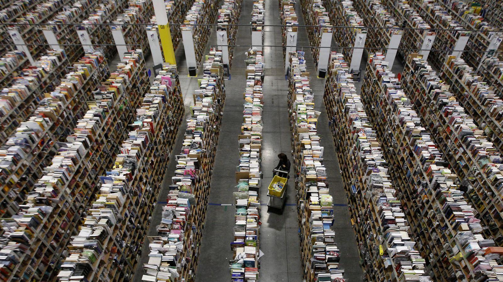 Amazon May Be The World S Favourite Bookstore Followed By Flipkart
