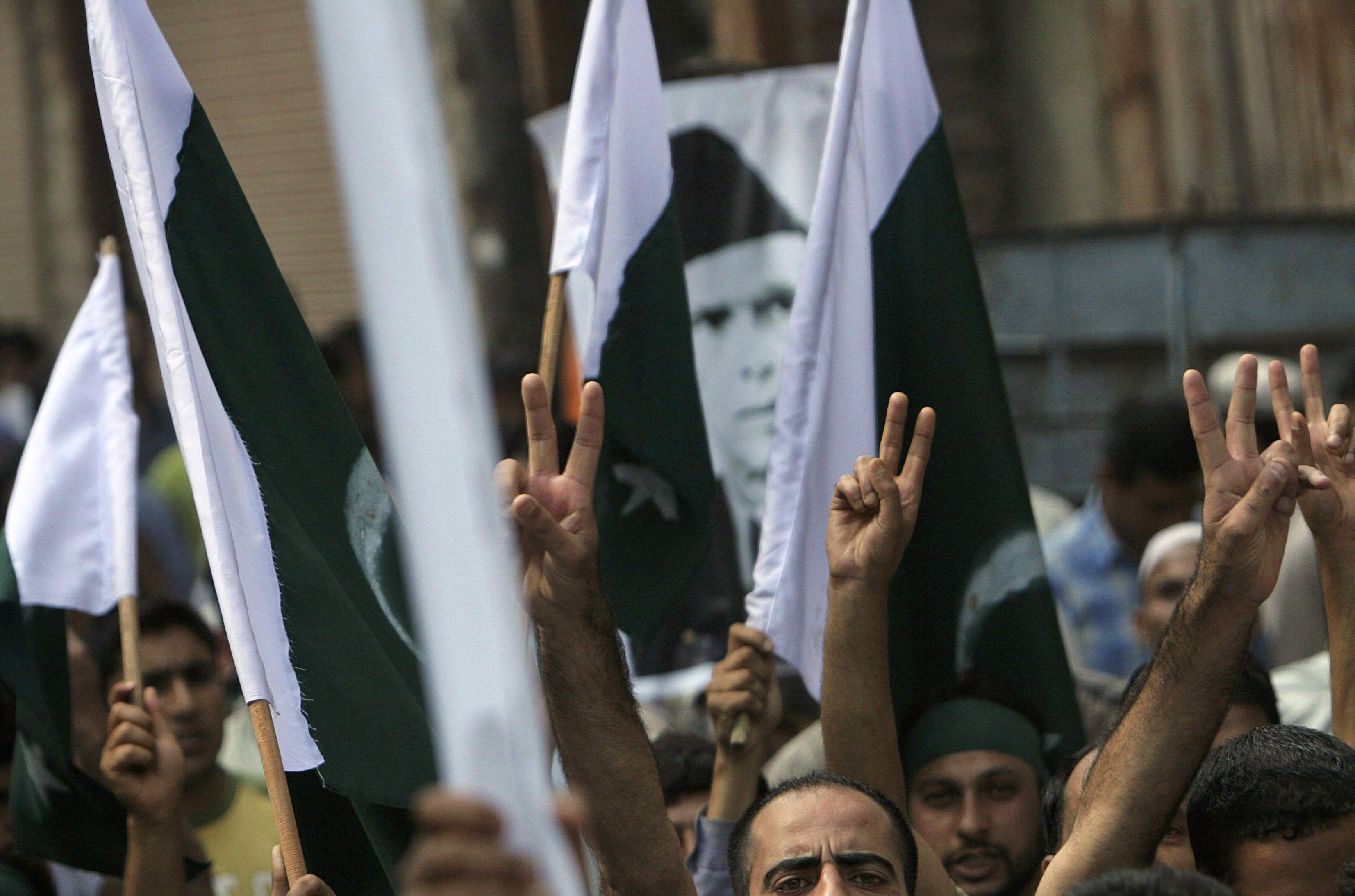 India-Kashmir-Protest-Flag