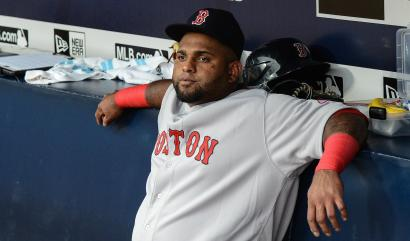 Pablo Sandoval sits on bench after suspension
