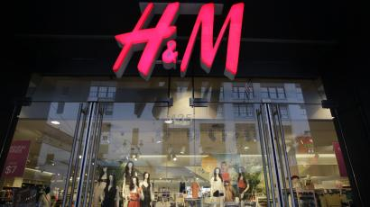 In this May 31, 2013, file photo, an H&M store is shown in New York. H&M, Hennes & Mauritz reports quarterly earnings in Thursday, March 27, 2014.