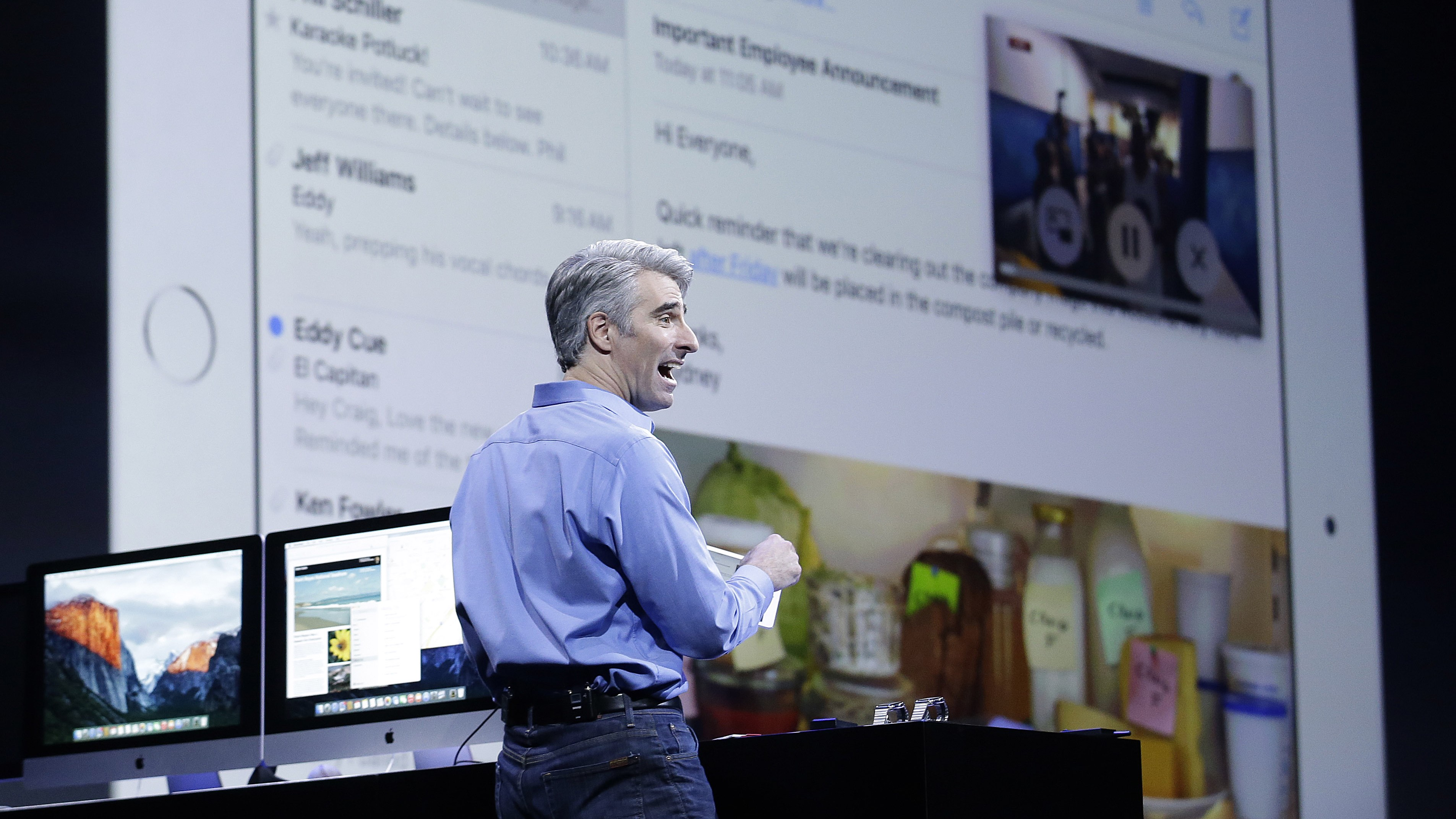 Craig Federighi, Apple senior vice president of Software Engineering, demonstrates the multitask feature on an iPad at the Apple Worldwide Developers Conference in San Francisco, Monday, June 8, 2015. (AP Photo/Jeff Chiu)