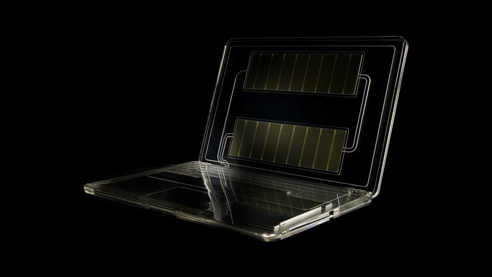 intelligent-energy-laptop-black