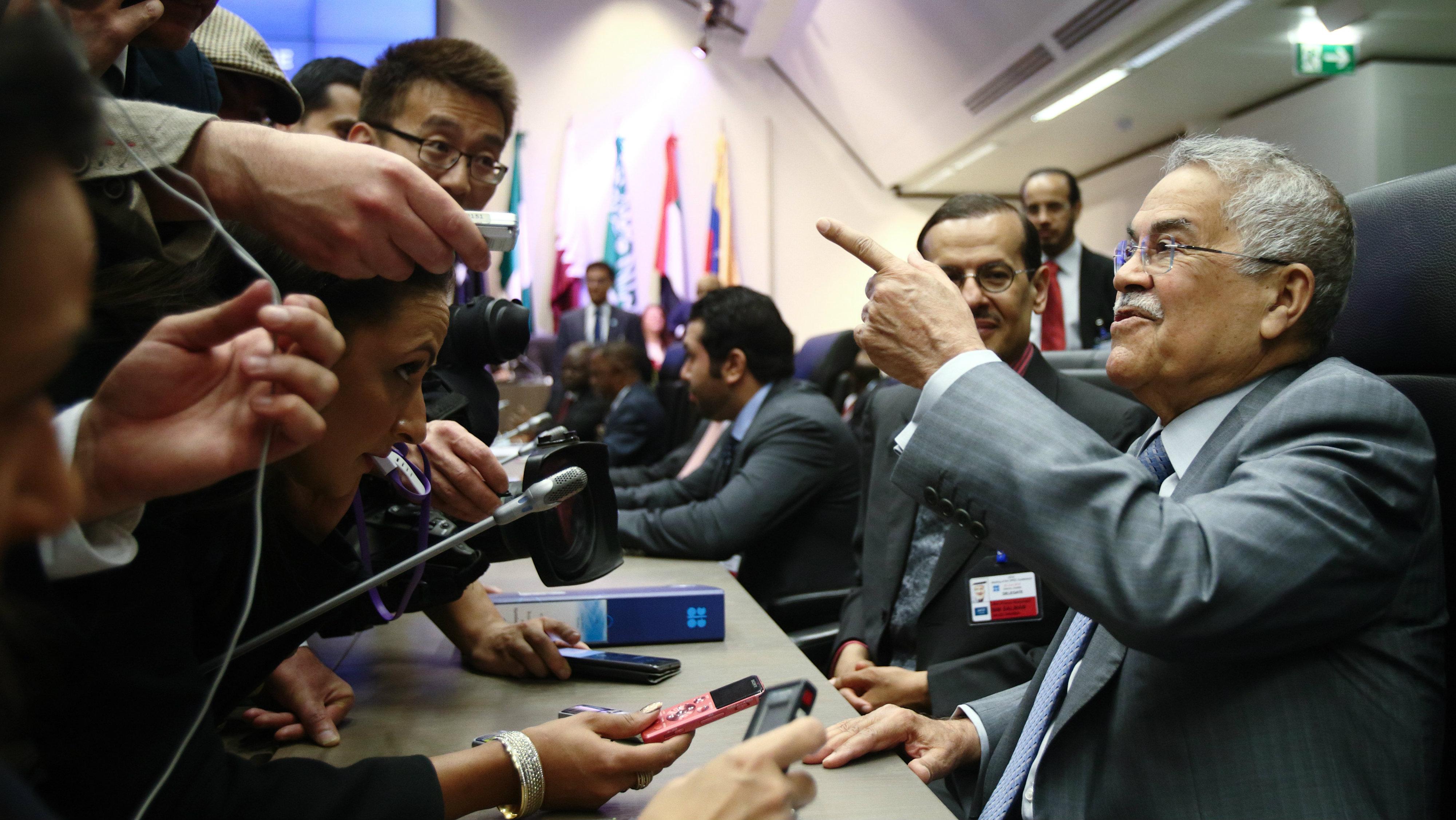 Saudi Arabia's Oil Minister Ali al-Naimi talks to journalists before a meeting of OPEC oil ministers in Vienna, Austria, June 5, 2015..