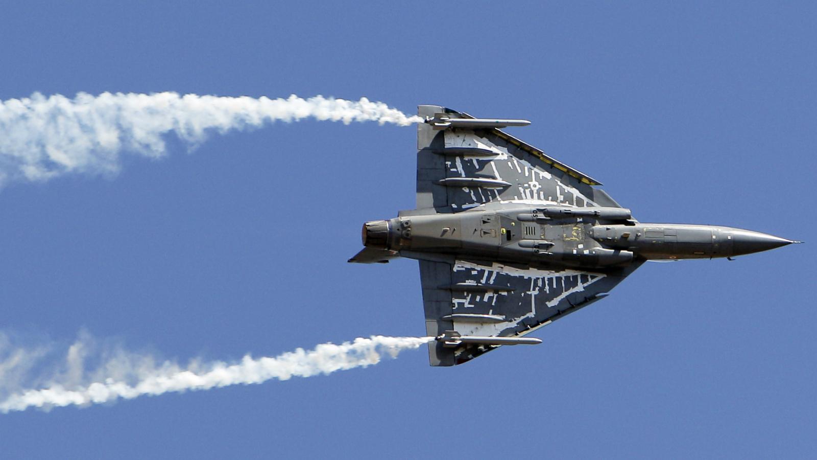 India-tejas-defence