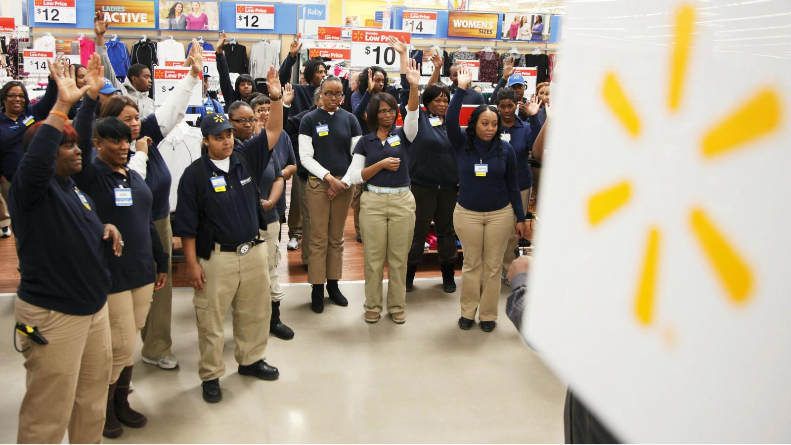 Wal-Mart relaxes its employee dress code to include jeans—but not just any  jeans a17b8888a25