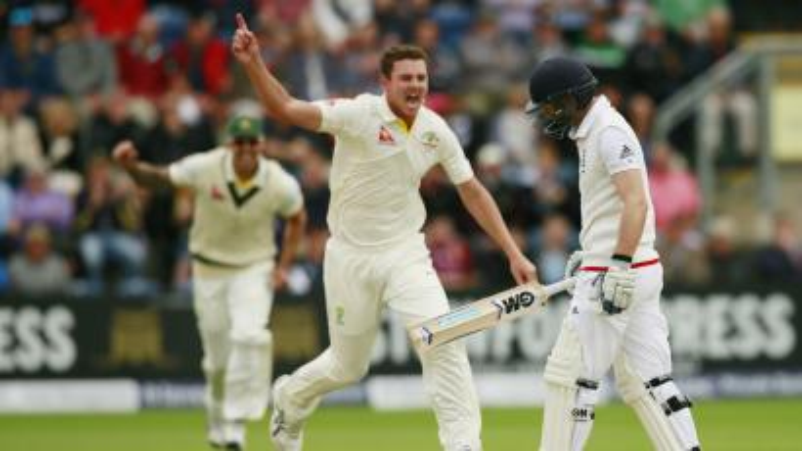 Cricket-sledging-verbal