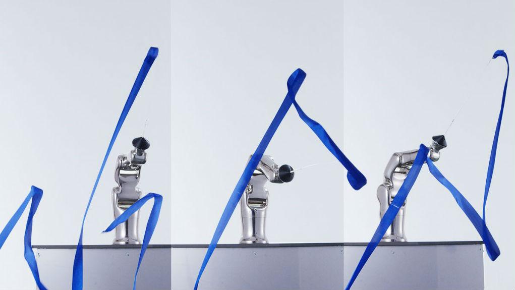 Robot rhythmic gymnastics