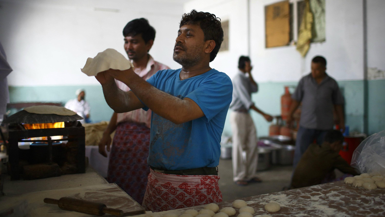 rotimatic-roti-poori-india-zimplistic 2
