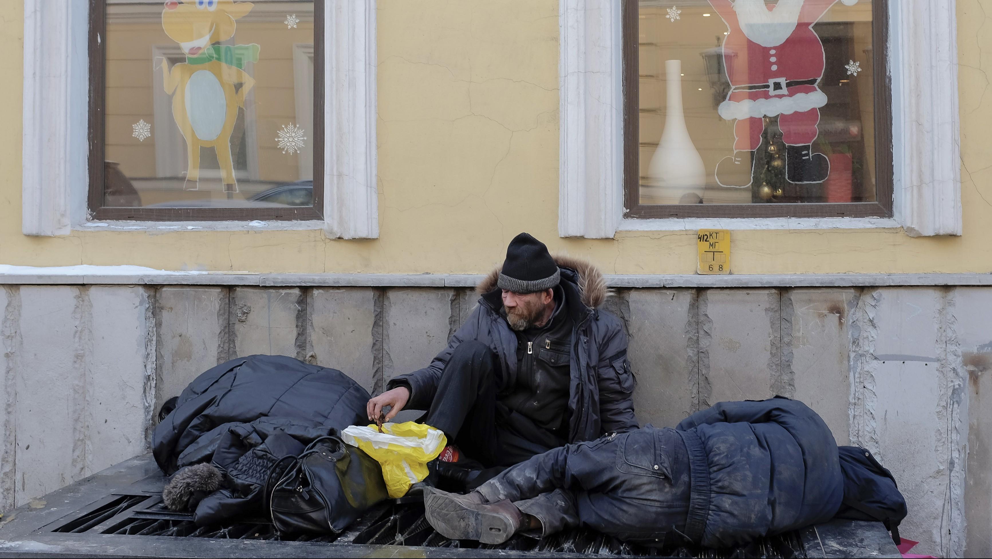 Moscow homeless get temporary reprieve.