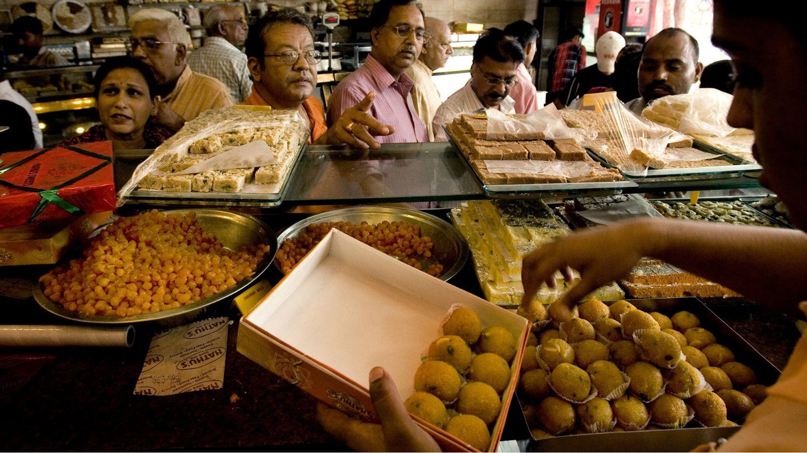 Ghantewala-Delhi-Sweetshop-Sweets-Chandni Chowk