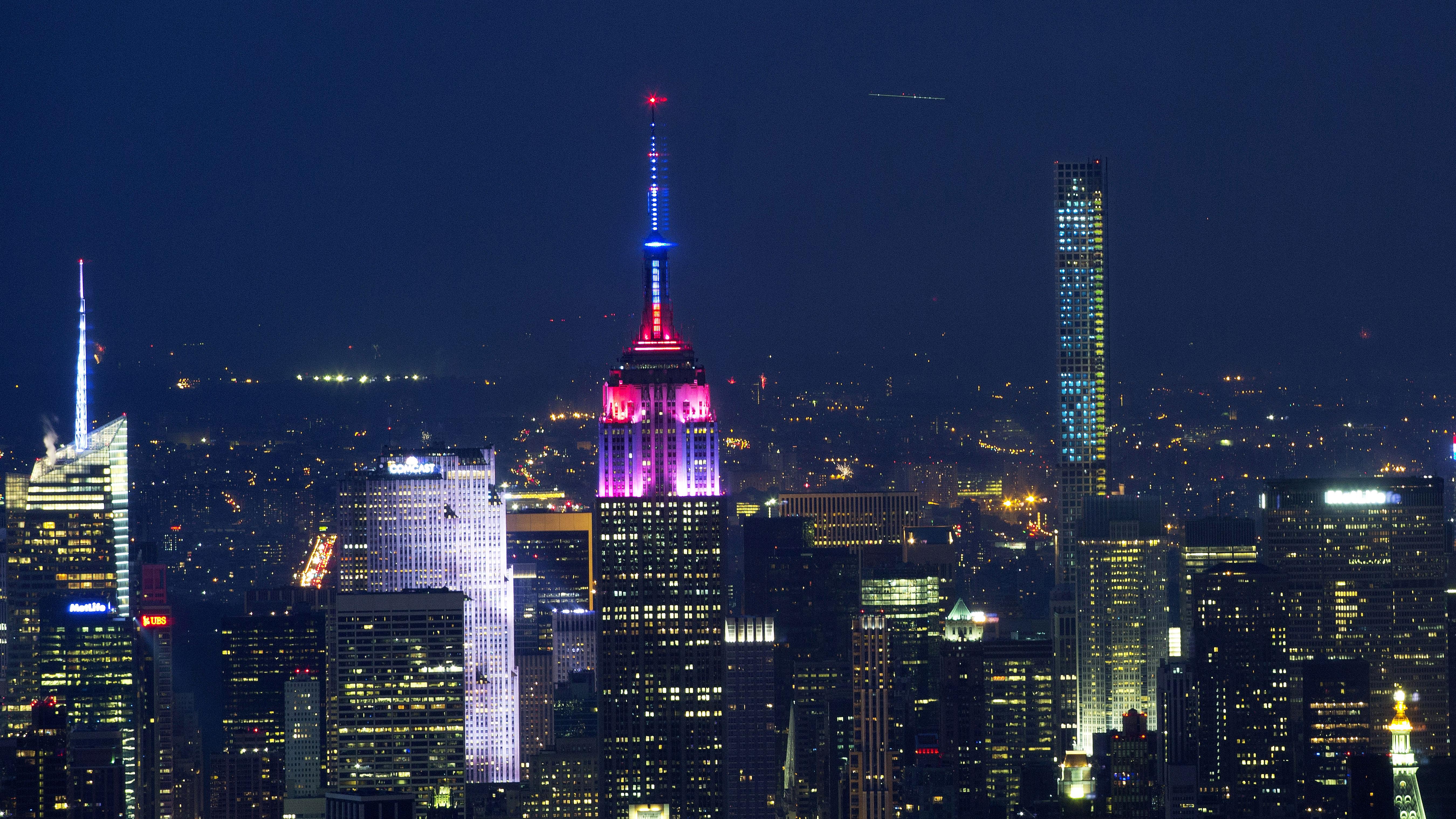 Download Wallpaper Night Empire State Building - empire-state-building  Picture-987056.jpg?quality\u003d80\u0026strip\u003dall\u0026w\u003d5400