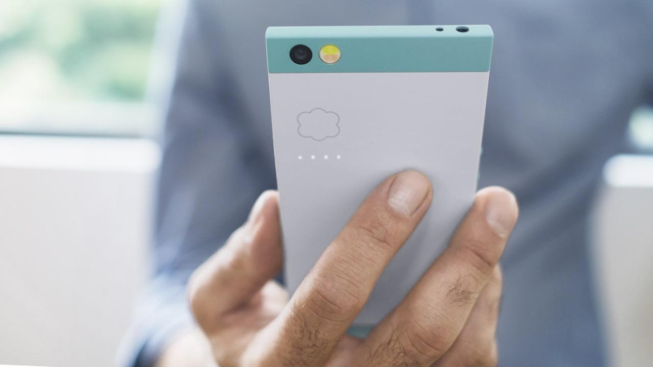 Nextbit's Robin phone.