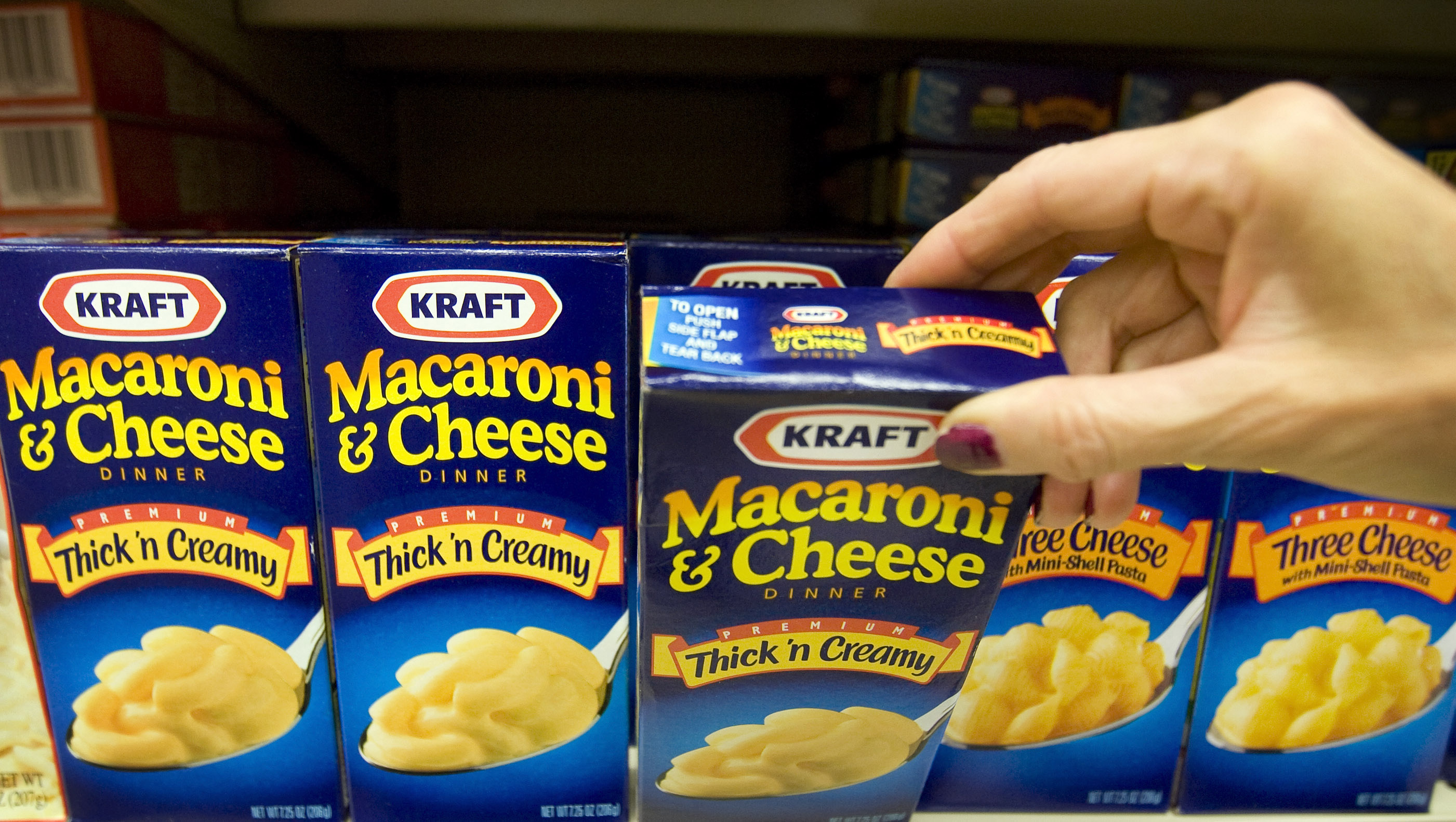 """This is what """"comfort food"""" is probably doing to your brain"""