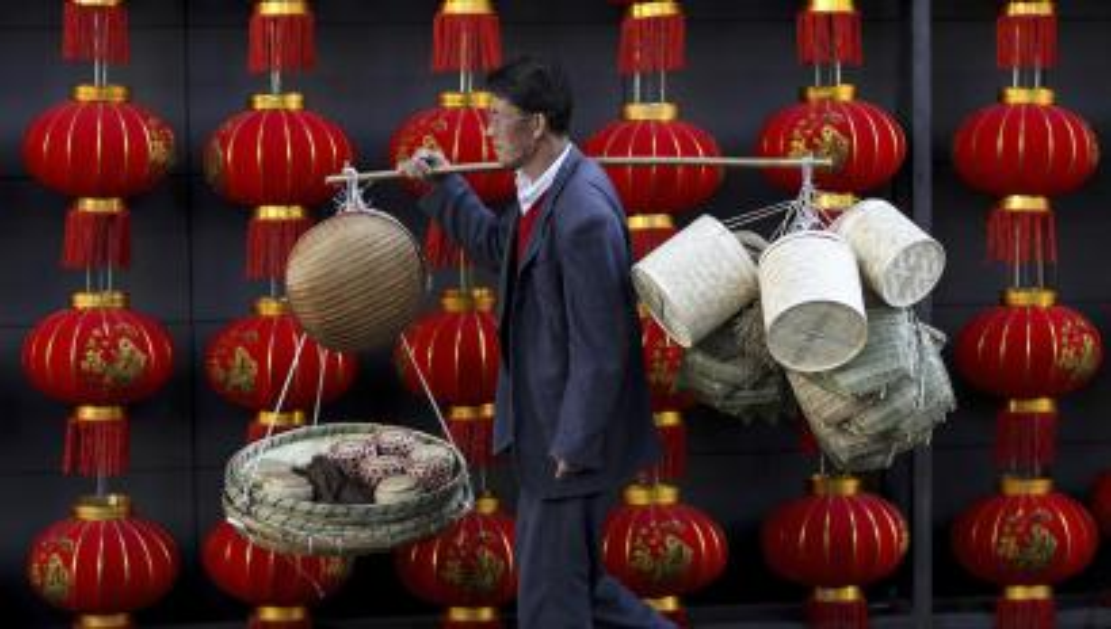 India-China-Yuan-currency