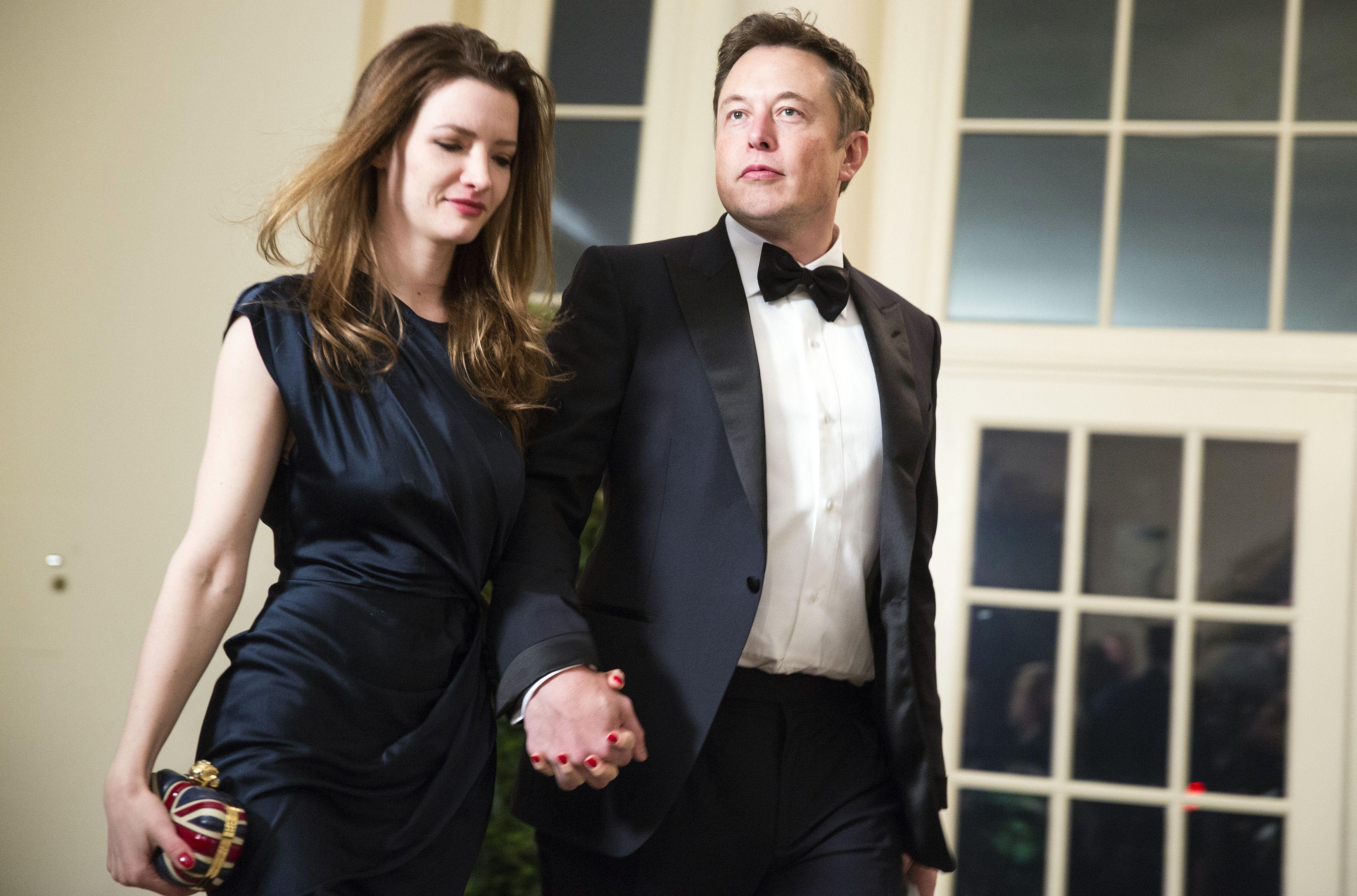 อีลอน มัสก์ ภรรยา อีลอน มัสก์ ความรัก อีลอน มัสก์ ธุรกิจของ อีลอน มัสก์ นิสัย พฤติกรรม
