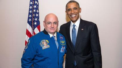 Scott Kelly and Barack Obama