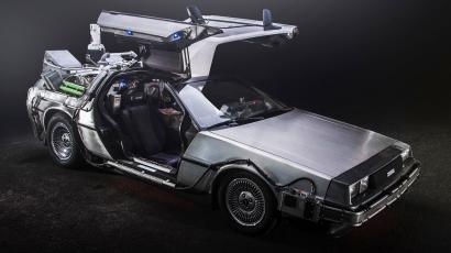 """A trash-fueled DeLorean—just like in """"Back to the Future"""