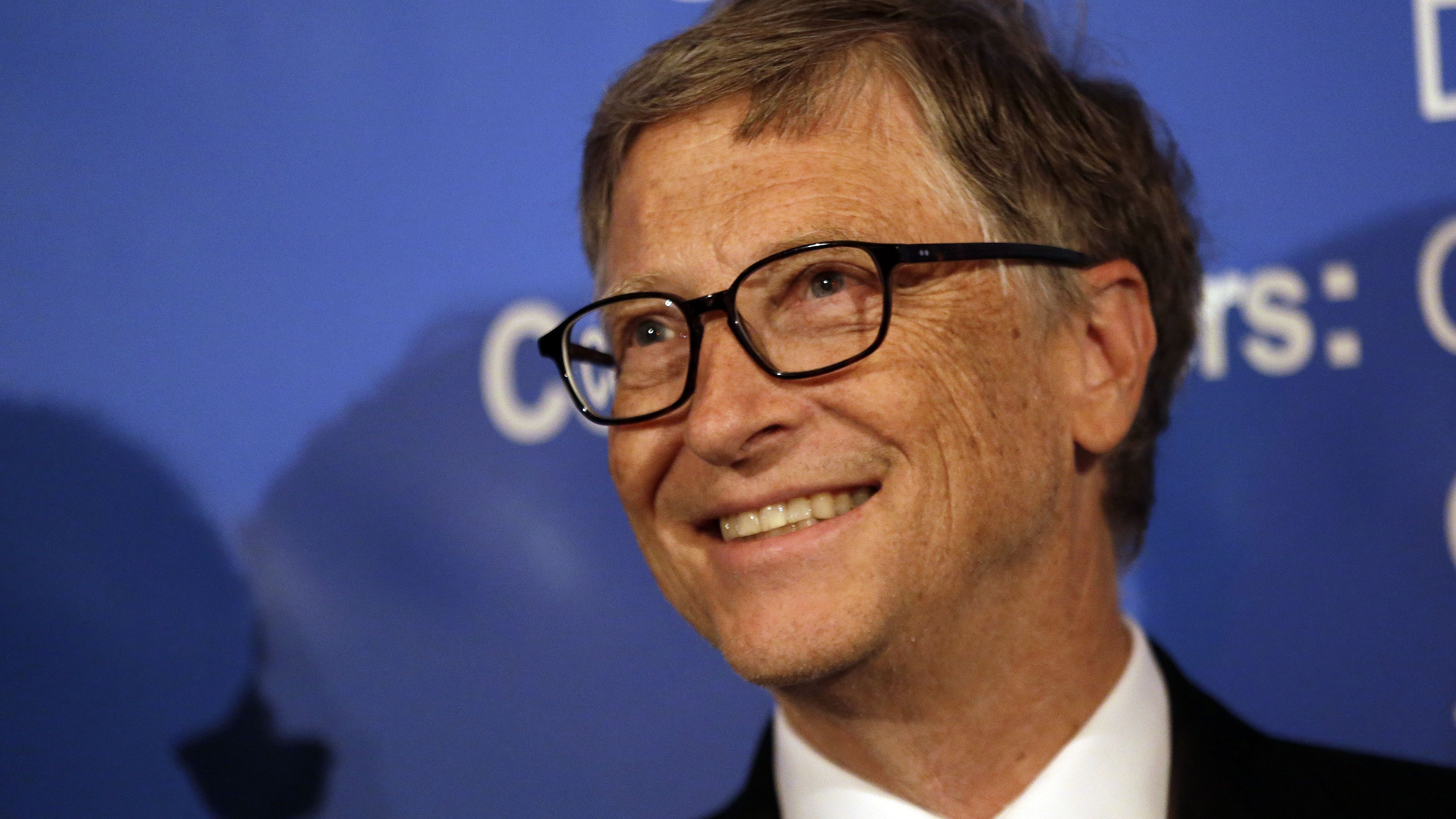 Bill Gates smiles at a U.S. Trade and Investment Cooperation Conference Tuesday, Sept. 22, 2015, in Seattle. The Ministry of Commerce of China (MOFCOM), the State of Washington and partners hosted the conference to explore cooperation between Chinese provinces and U.S. businesses. (AP Photo/Elaine Thompson)