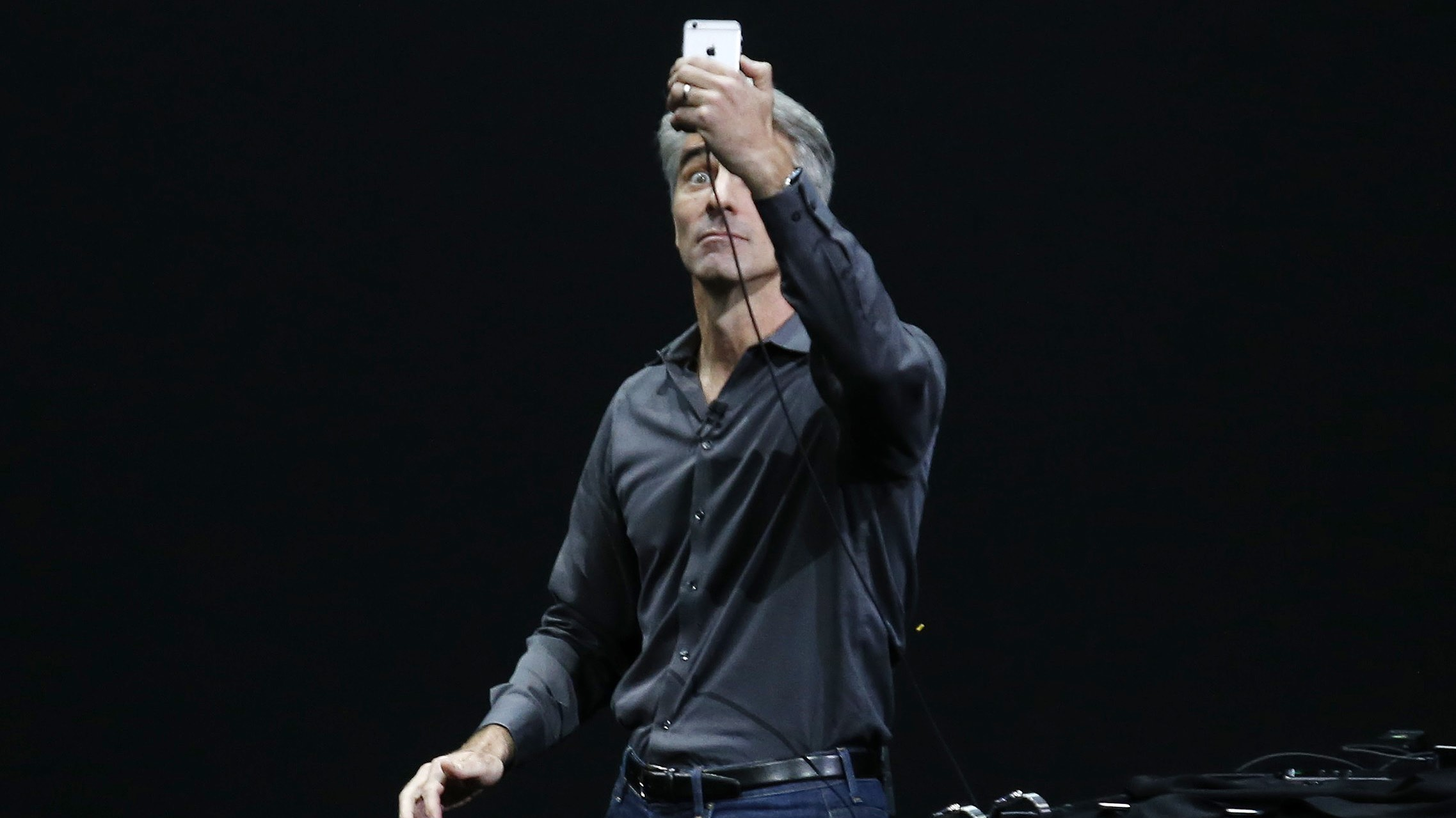 Craig Federighi, Senior Vice President of Mac Software Engineering, takes the stage to discuss the 3D Touch featured on the new iPhone 6s line during an Apple media event in San Francisco, California, September 9, 2015. Reuters/Beck Diefenbach