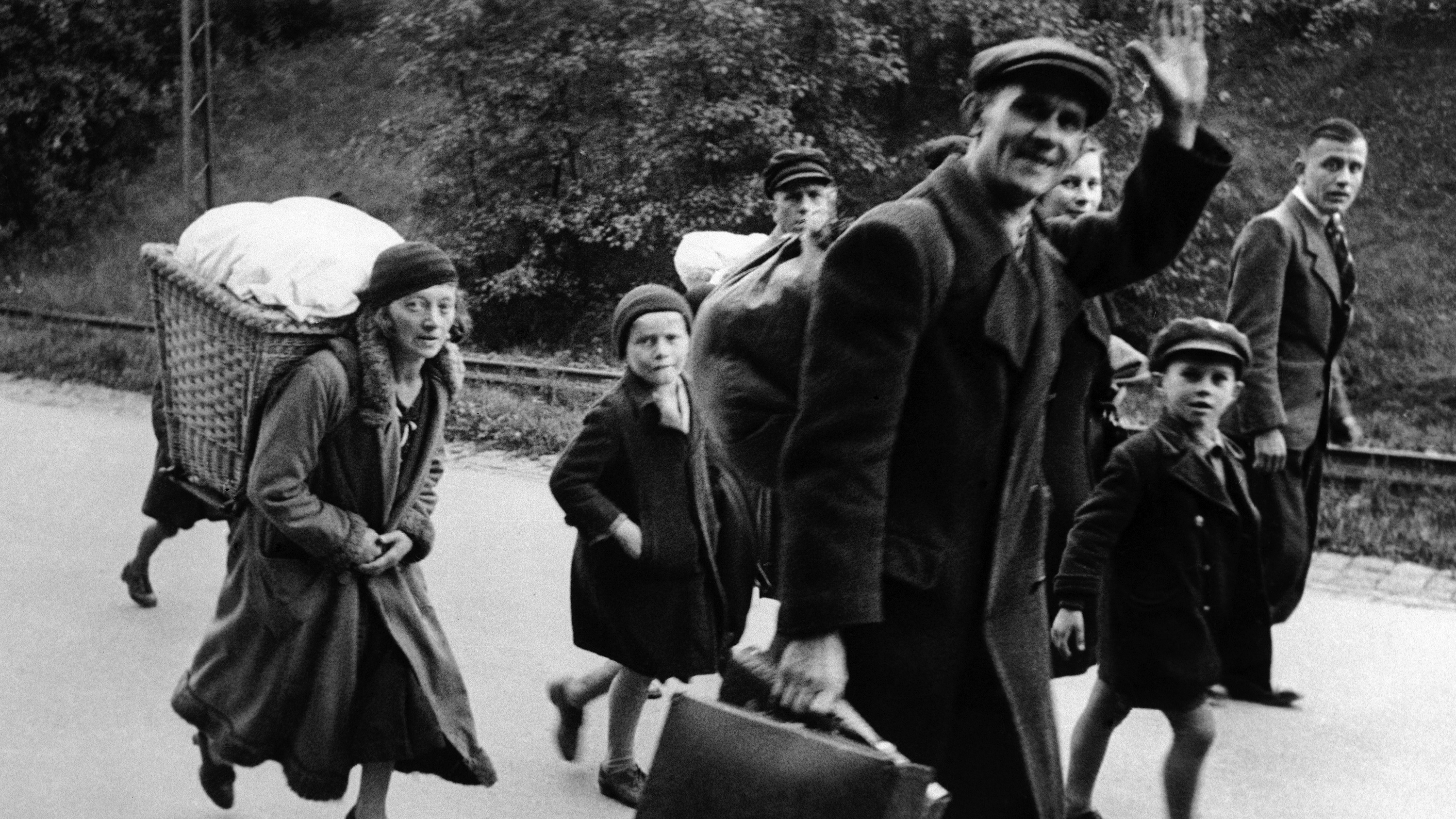 Sudeten German refugees just after crossing the Czech border into Germany at Oberklingenthal, on Sep. 17, 1938.