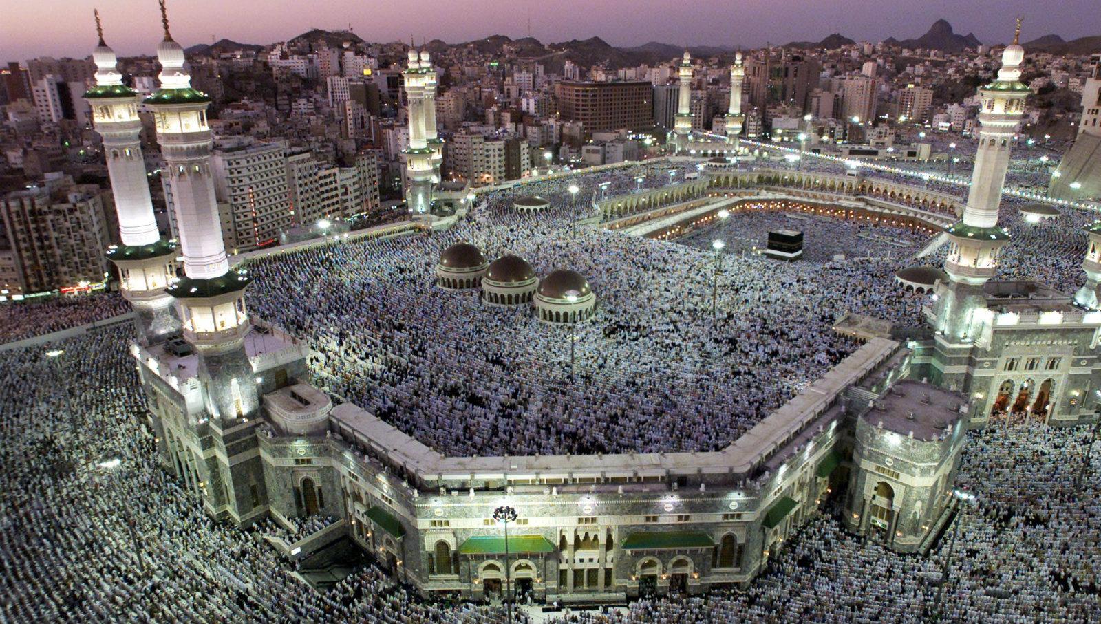 Hajj-pilgrimage-Mecca-Madina