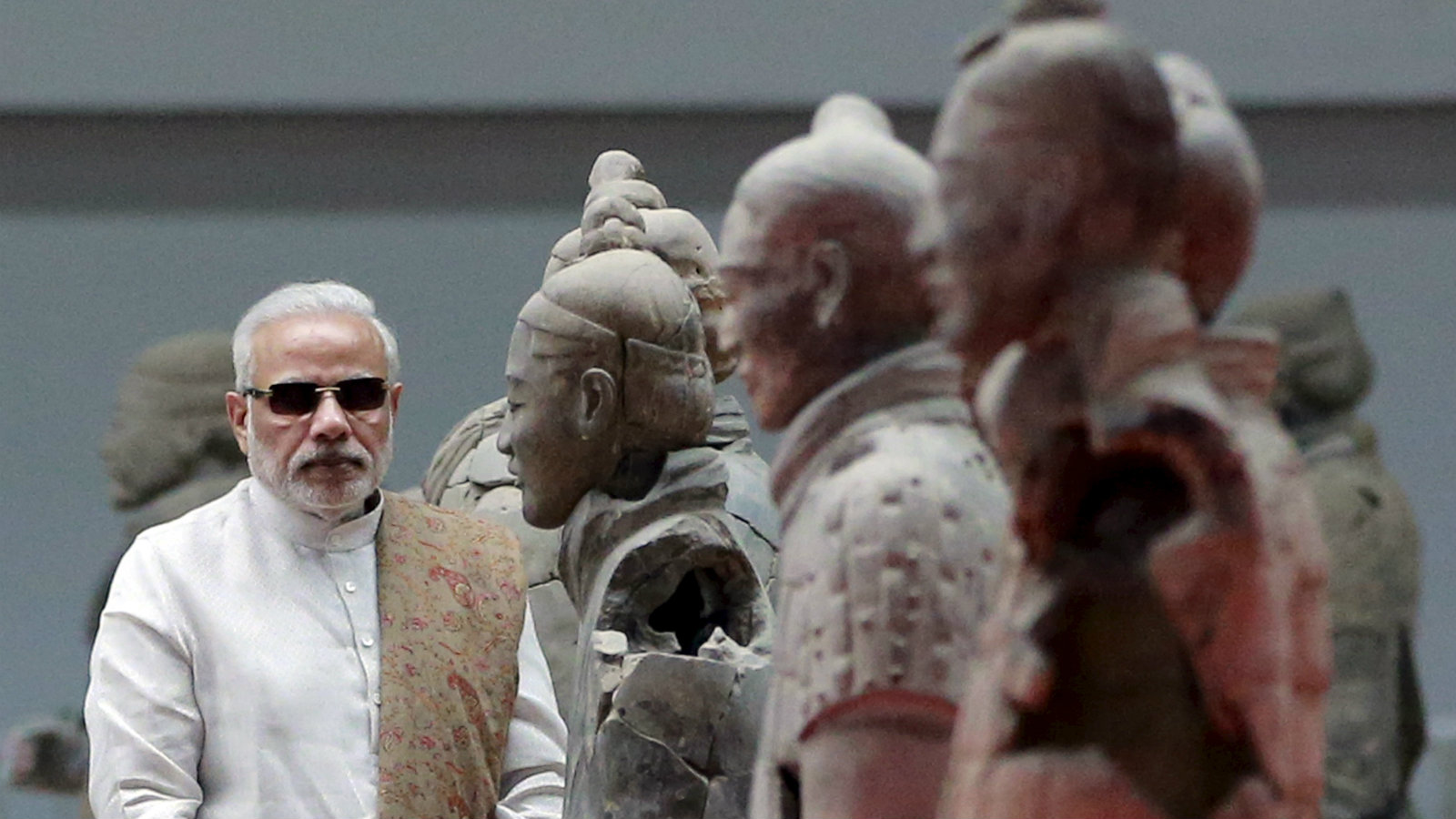 Indian Prime Minister Narendra Modi visits the Museum of Qin Terracotta Warriors and Horses, in Xian, Shaanxi province, China, May 14, 2015.