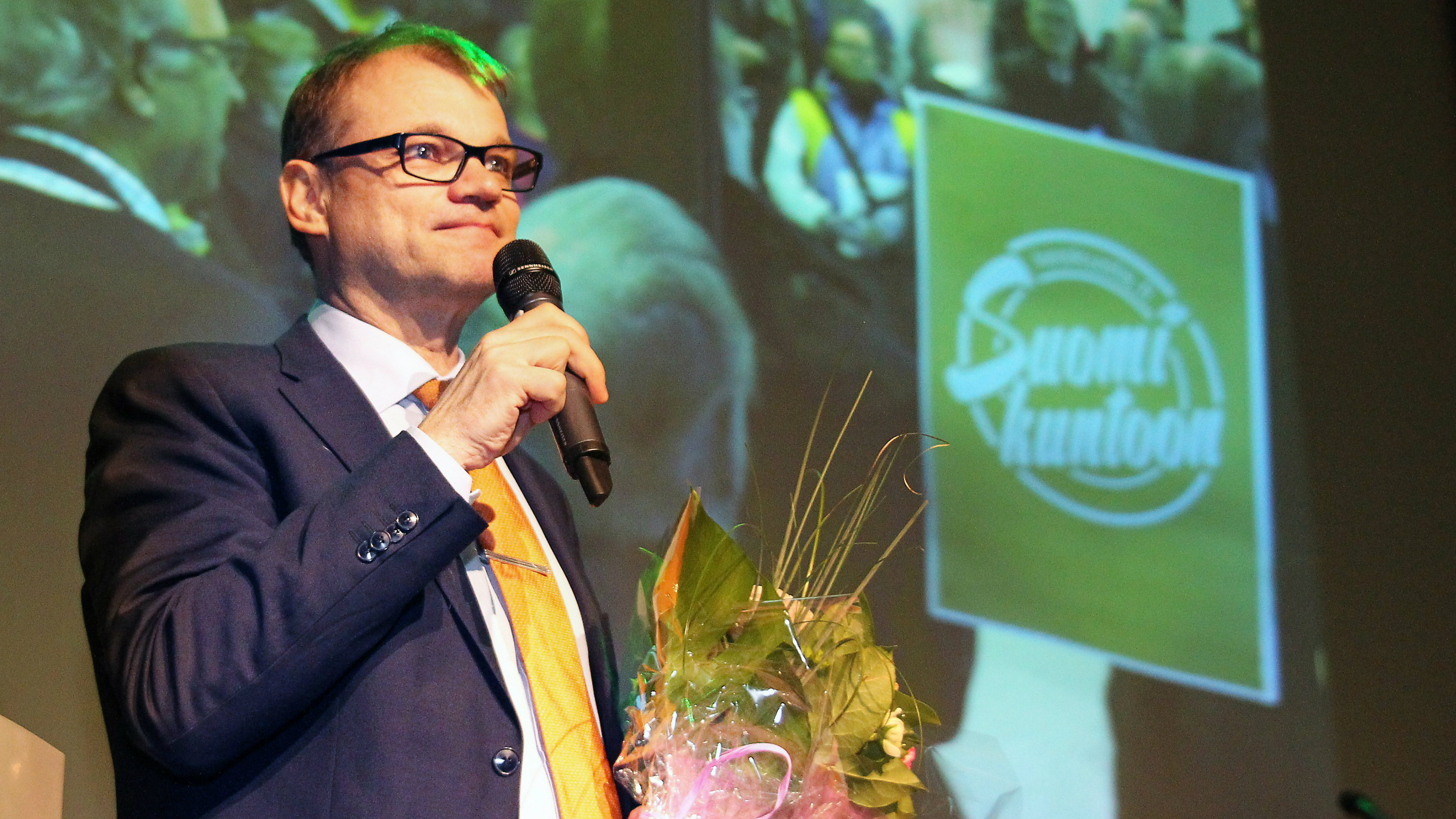 Center Party chairman Juha Sipila makes a speech at the party's election celebrations in Oulu, Finland, Monday April 20, 2015, the day after the elections. The opposition Center Party has won Finland's parliamentary election but its new leader faces tough talks on forming a government following the success of the populist, anti-establishment Finns Party that placed ahead of the main government partners, the conservatives and Social Democrats. (Markku Ruottinen/Lehtikuva via AP) FINLAND OUT