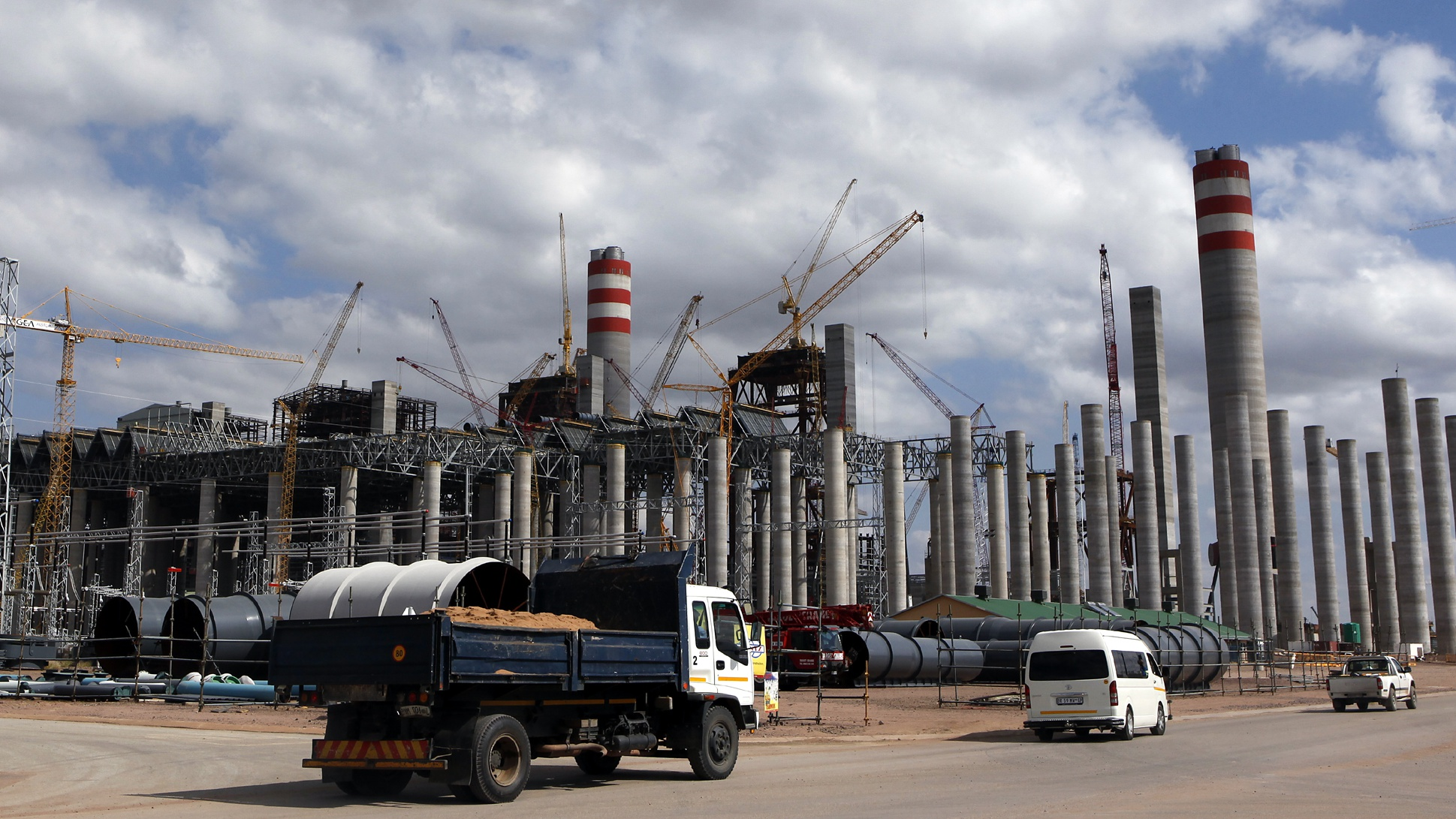 Photo of the Medupi Power Station in Lephalele, South Africa