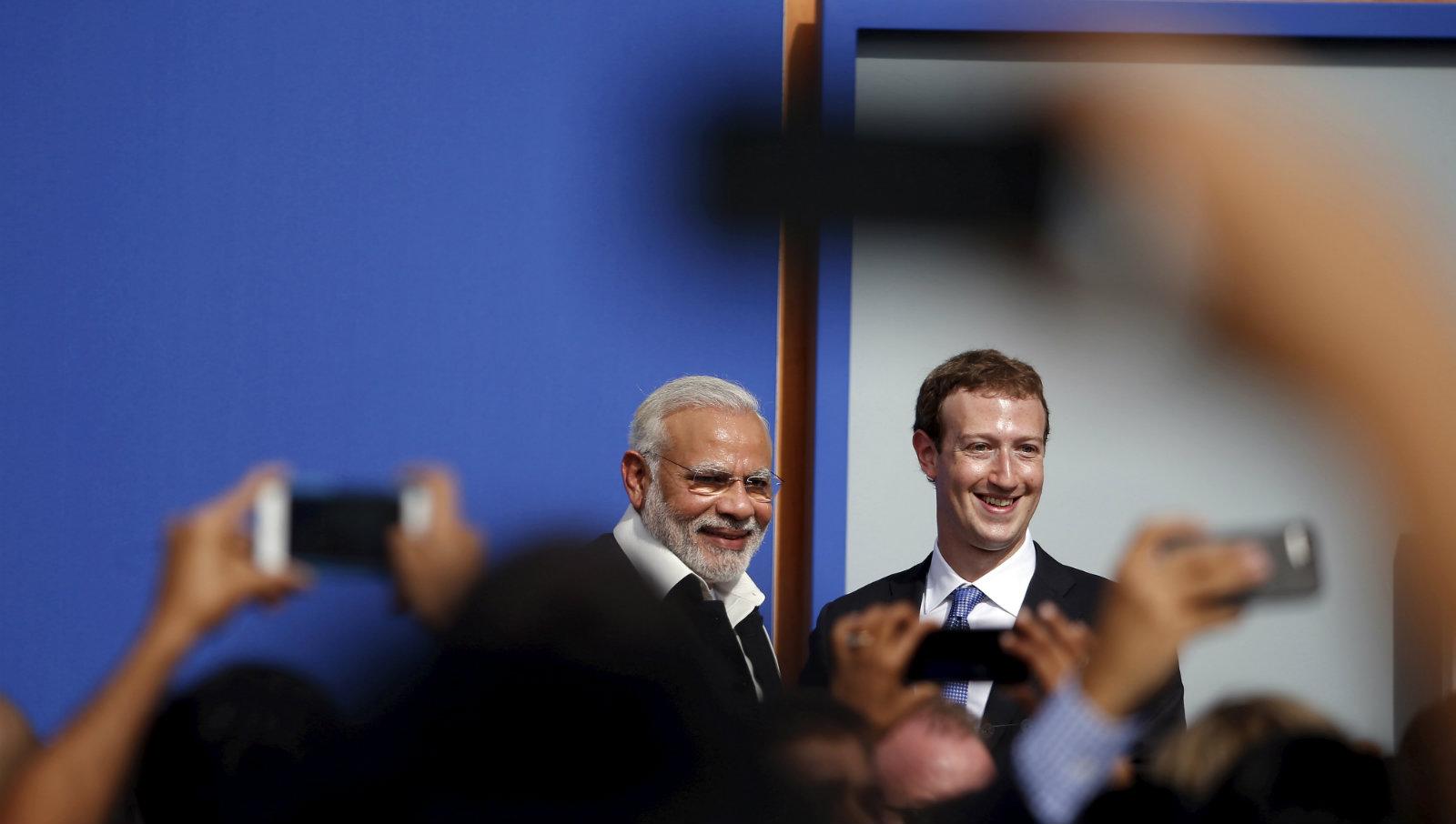 India-Mod-Zuckerberg-Facebook