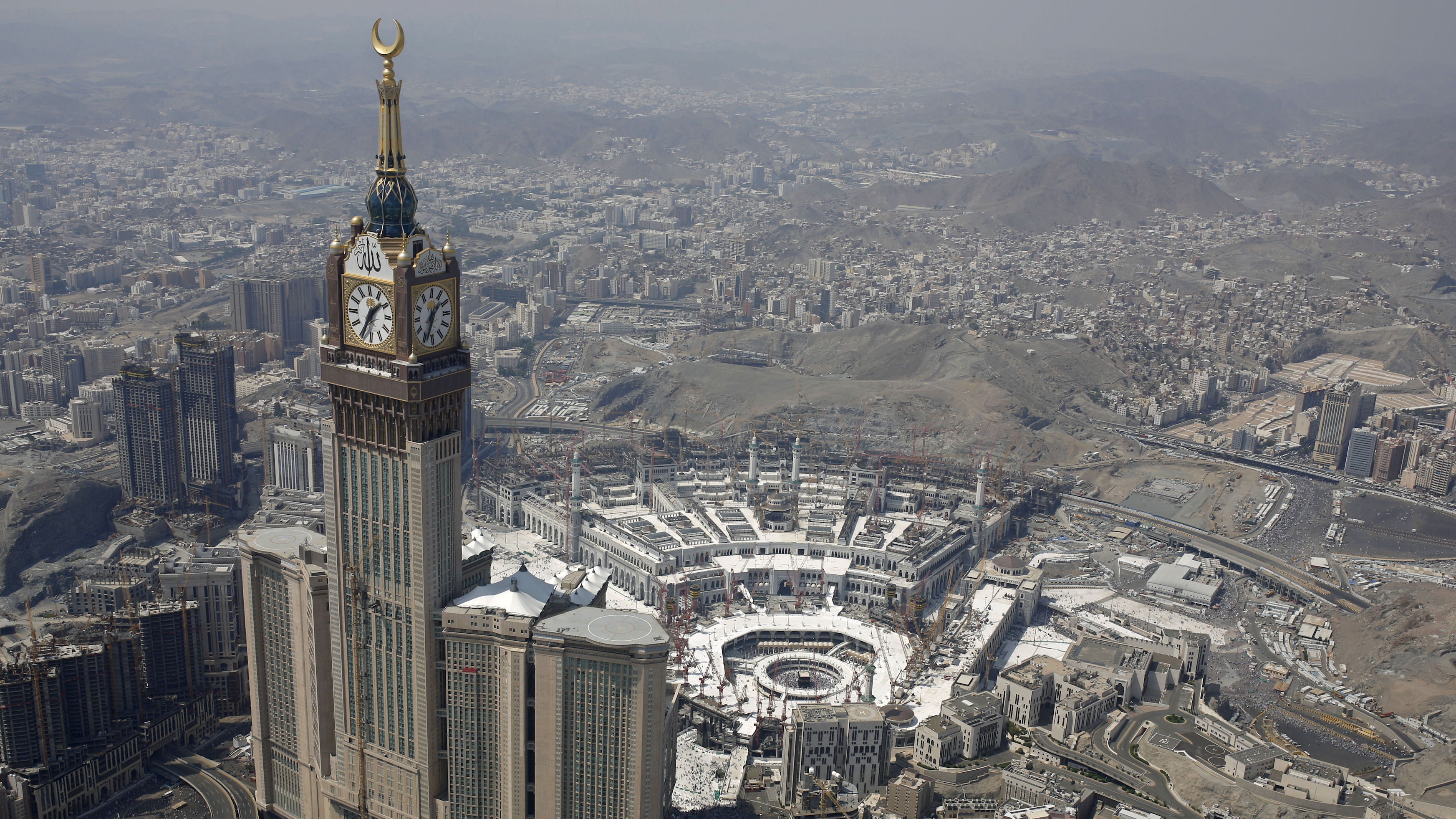 Mecca belongs to all Muslims, and Saudi Arabia shouldn't be allowed