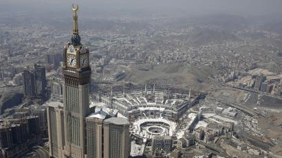Mecca belongs to all Muslims, and Saudi Arabia shouldn't be