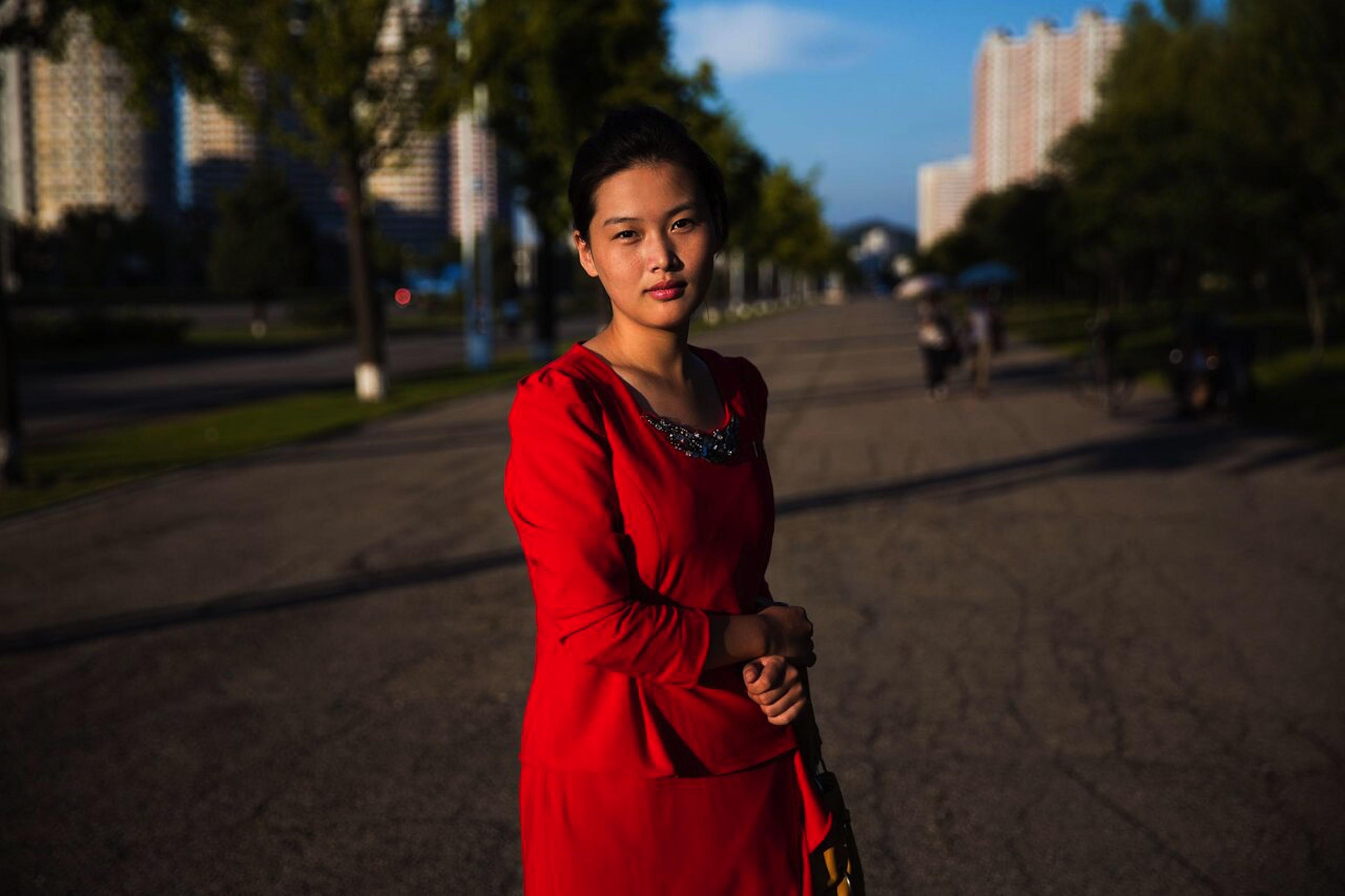 Photos A Striking Glimpse Of Womens Street Style In North Korea  Quartz-6904