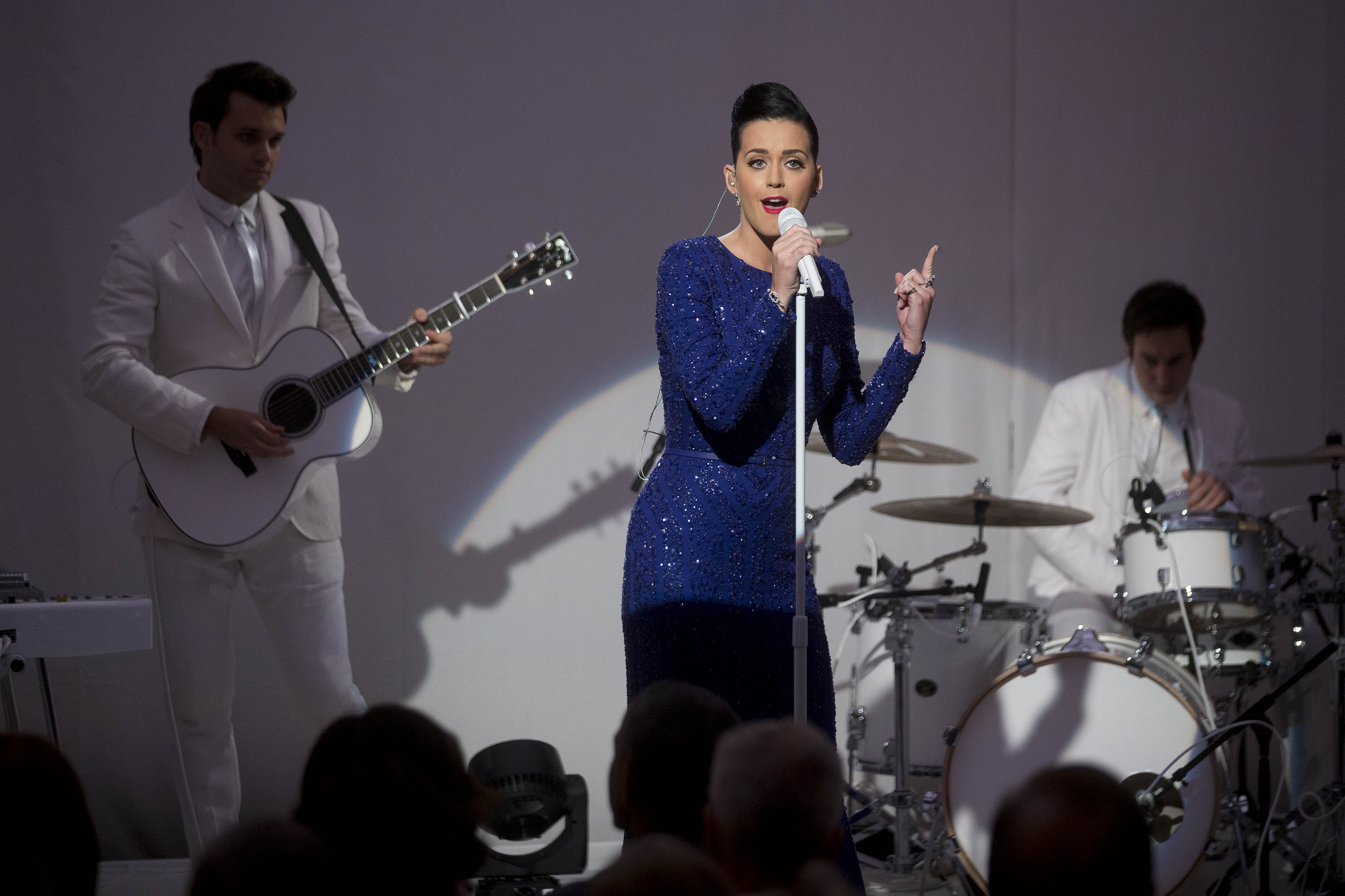 WASHINGTON, DC - JULY 31: (AFP OUT) Singer Katy Perry performs during a concert commemorating the Special Olympics with U.S. President Barack Obama, not pictured, in the State Dining Room of the White House on July 31, 2014 in Washington, D.C. Founded in 1968 by Eunice Kennedy Shriver, the Special Olympics movement has grown to more than 4.4 million athletes in 170 countries. (Photo by Andrew Harrer-Pool/Getty Images)