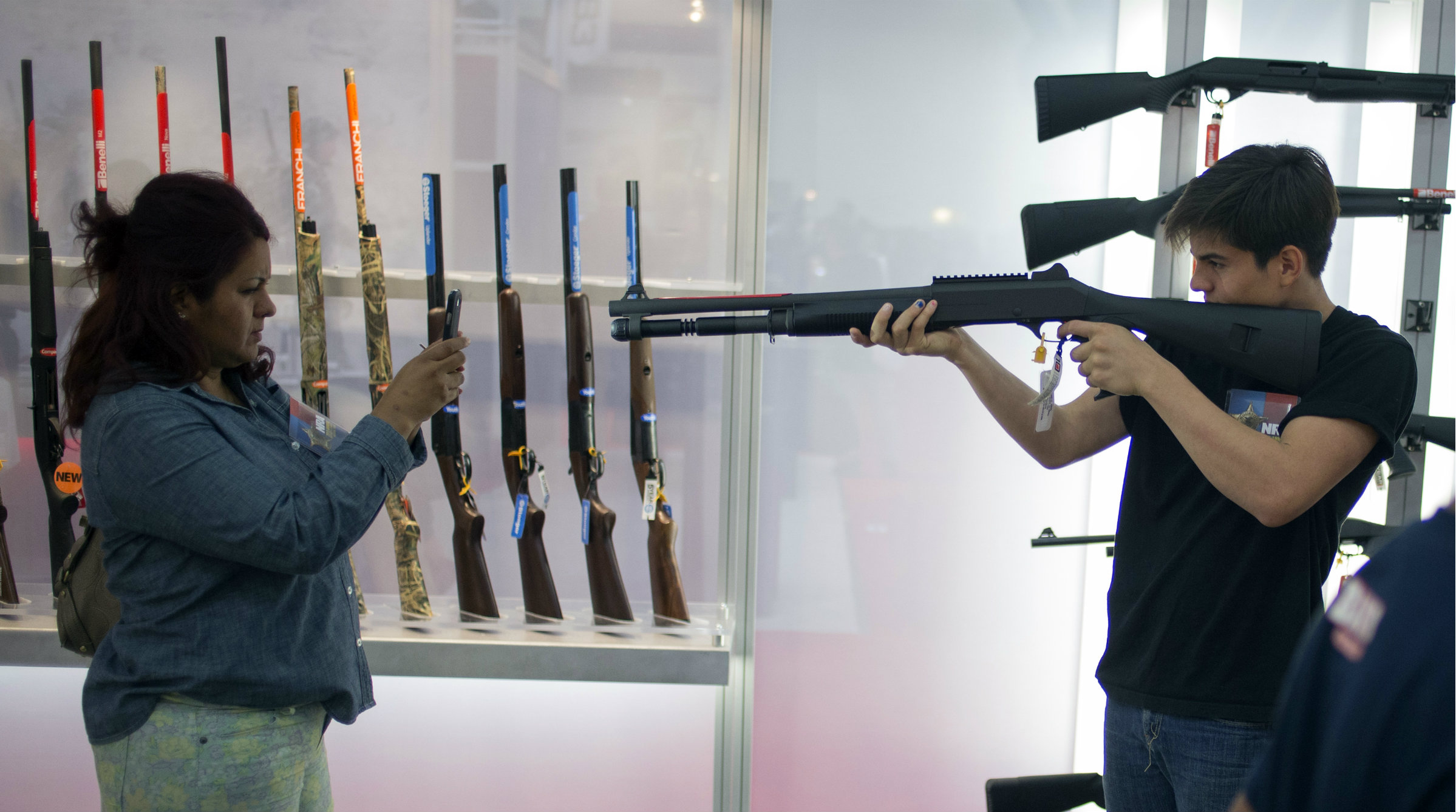 gun control in america Australian gun control is impossible to implement in america authored by: matt  palumbo in my prior two articles on australian gun control, i tackled the myths.