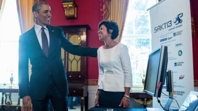 President Barack Obama meets with Ann Marie Sastry, Ann Arbor, Mich., of Sakti3 as he hosted top innovators and startup founders from across the country for the first White House Demo Day, Tuesday, Aug. 4, 2015, in the White House in Washington.
