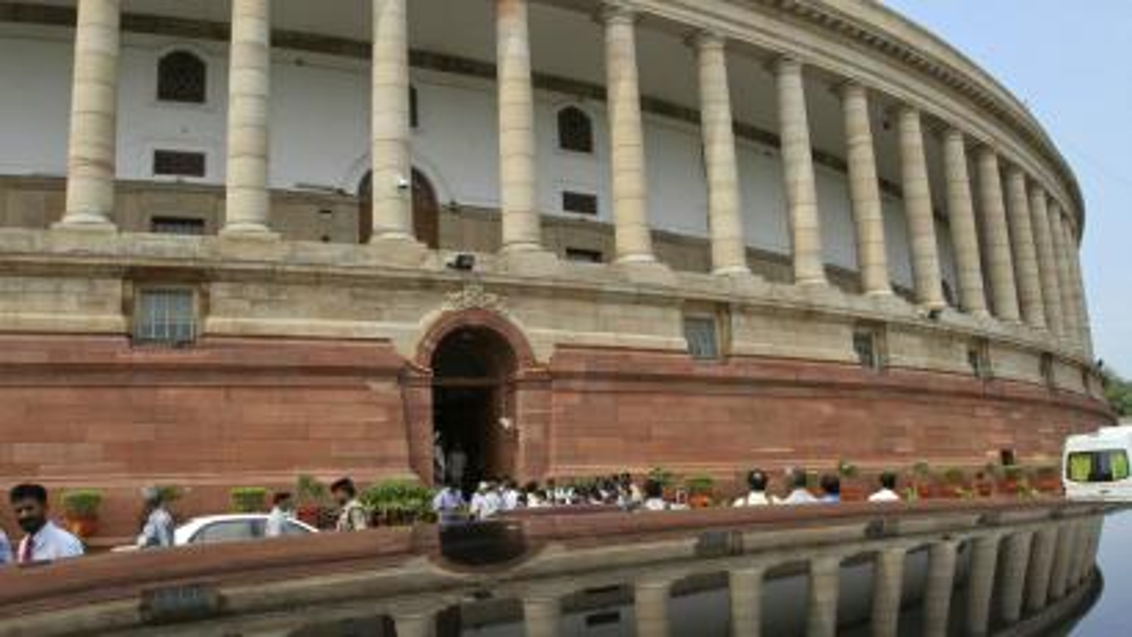 India-parliament-constitution
